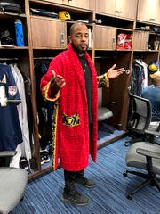 "Milwaukee Brewers reliever Jeremy Jeffress strolled into the clubhouse  wearing a red Versace robe over his street clothes Saturday. ""Spa day,"" he said."