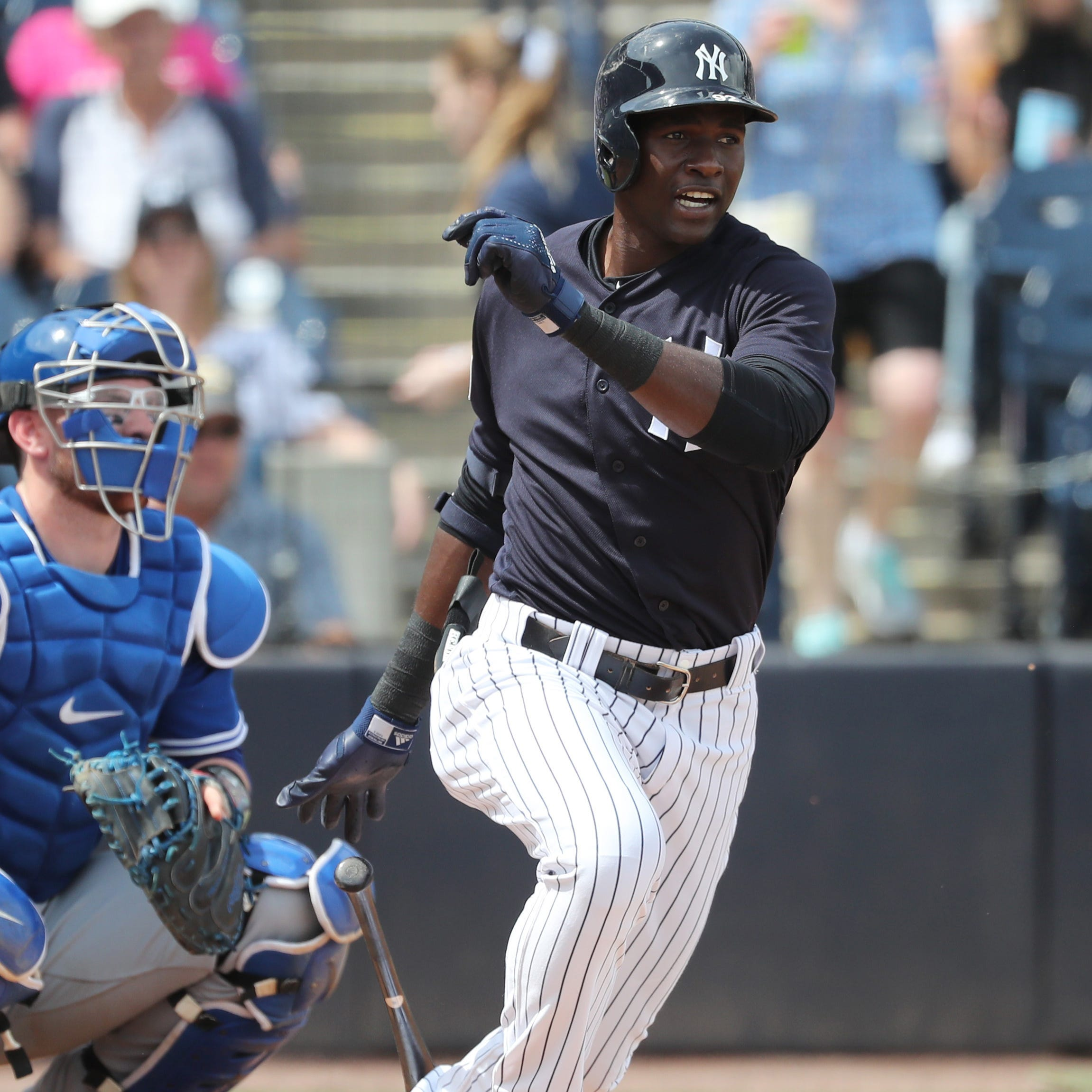 Top New York Yankees prospect Estevan Florial fractures right wrist