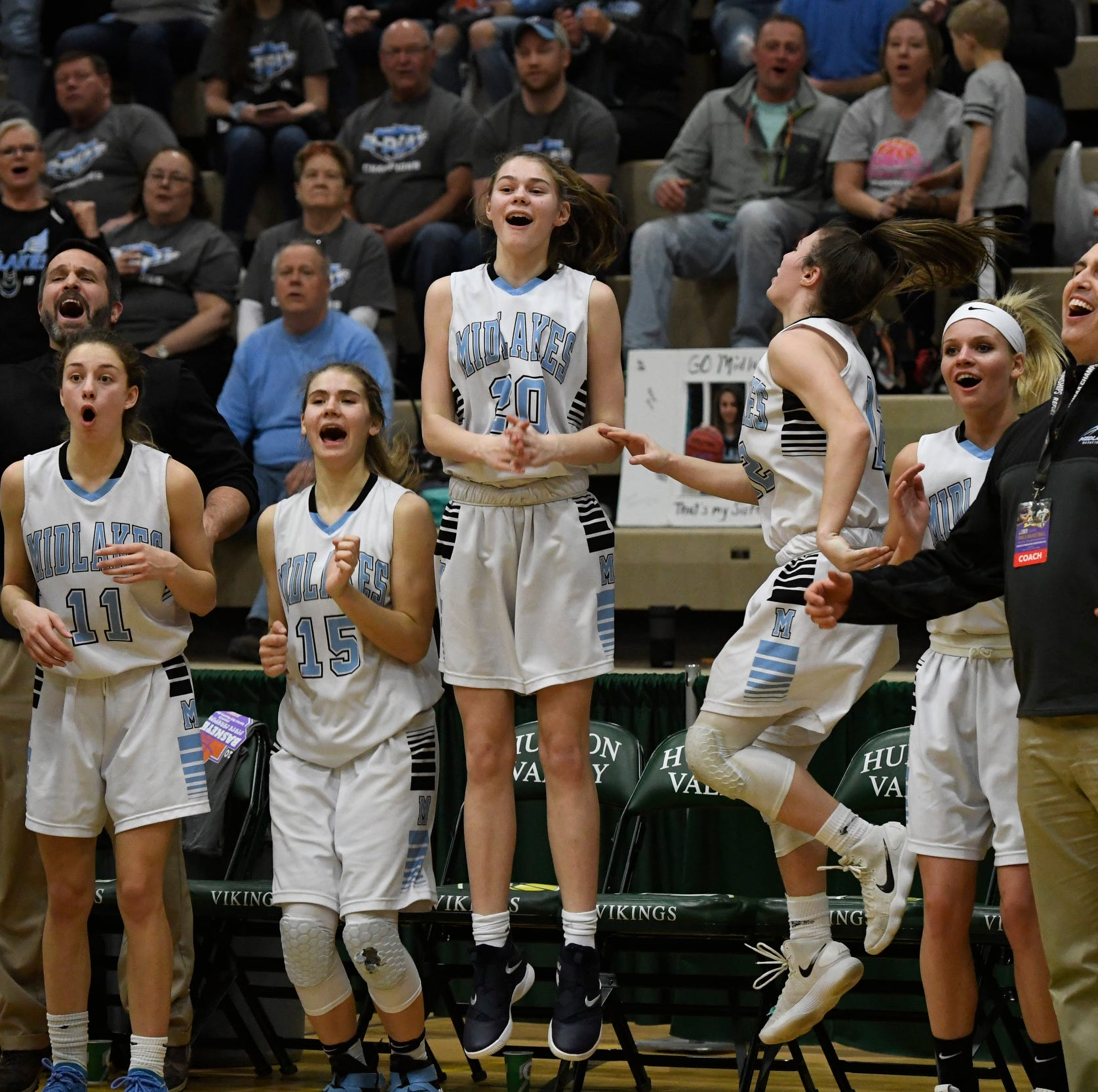 Midlakes flies into Class B girls basketball state final with 20-point win over Canton