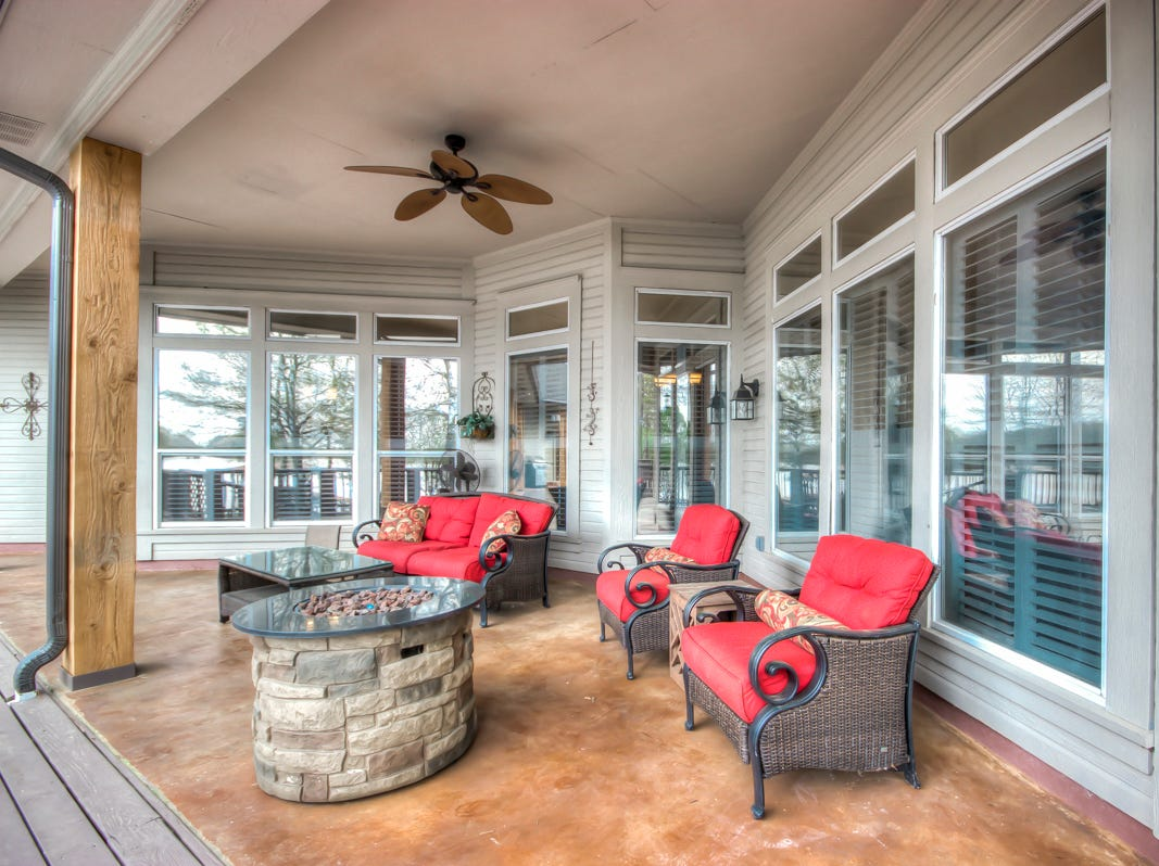 1019 Bay Ridge Drive, Benton  Price: $825,000  Details: 5 bedrooms, 6 bathrooms, 6,250 square feet  Featuring: Over $250k in upgrades, on 1.5 acres on two lots overlooking Cypress Lake, 2-stall boat house with private dock, deep dredged water, new deck, guest house with kitchen and laundry room, 2 offices, 2 master suites, oversized garages, separate workshop.  Contact: Mindy Wardlaw, 469-3261