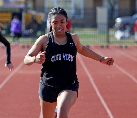 City View's Onjolyce Navarro competes in the DII 100 meter dash at the PK Relay Saturday, March 16, 2019, in Graham.