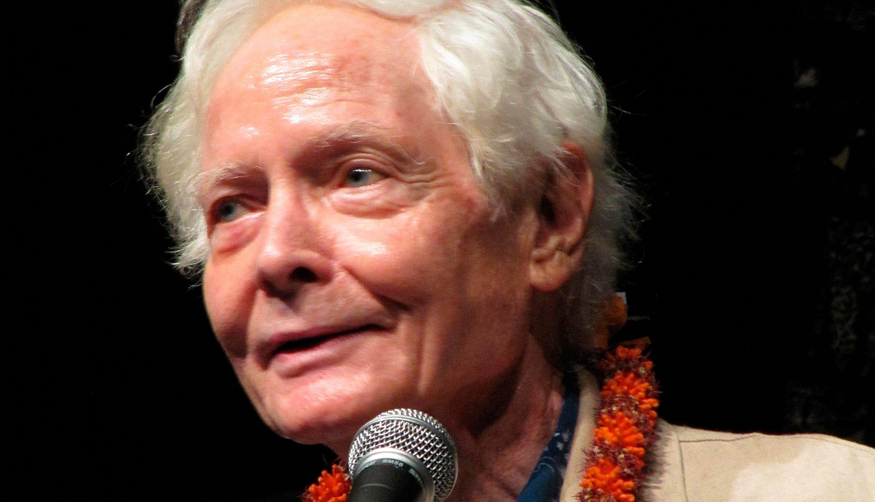 W S  Merwin, Pulitzer Prize-winning poet of nature, dies at 91