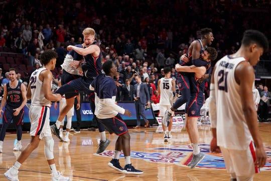 سینٹ مریم نے ڈبلیو سی سی چیمپیئن شپ کے کھیل میں گونگا کے اس پریشانی کے ساتھ اسکرپٹ کو پھینک دیا. اب، گیس NCAA ٹورنامنٹ میں شور بنا سکتی ہیں.