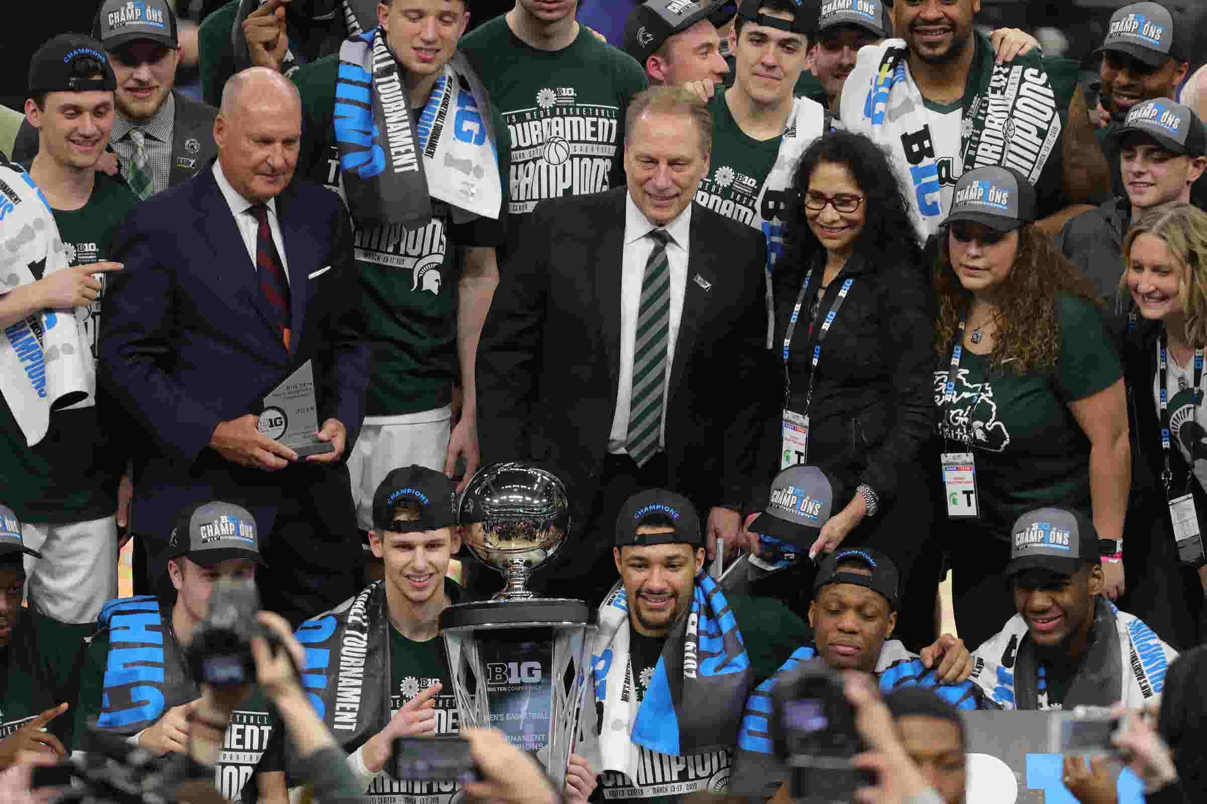 Michigan State celebrates gritty Big Ten tournament title victory over  Michigan
