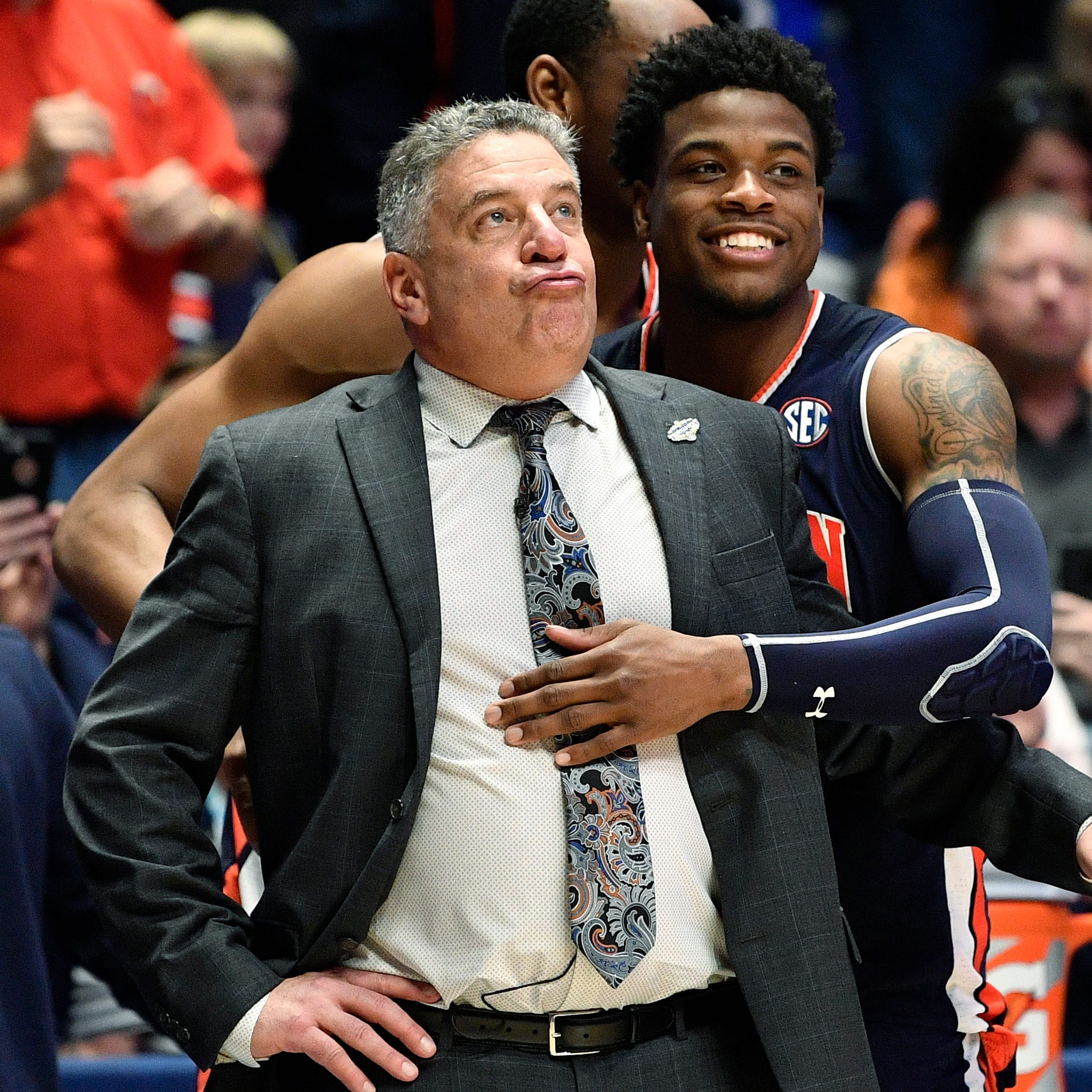 National media applauds Bruce Pearl for beating Tennessee Vols in SEC Tournament