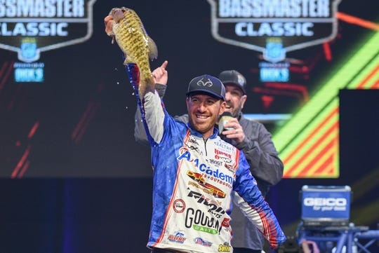 "Jacob Wheeler caught five bass that weighed 17 pounds, 11 ounces to lead the Bassmaster Classic in Knoxville heading into the final day. Ott DeFoe ultimately won the ""Super Bowl of bass fishing."""