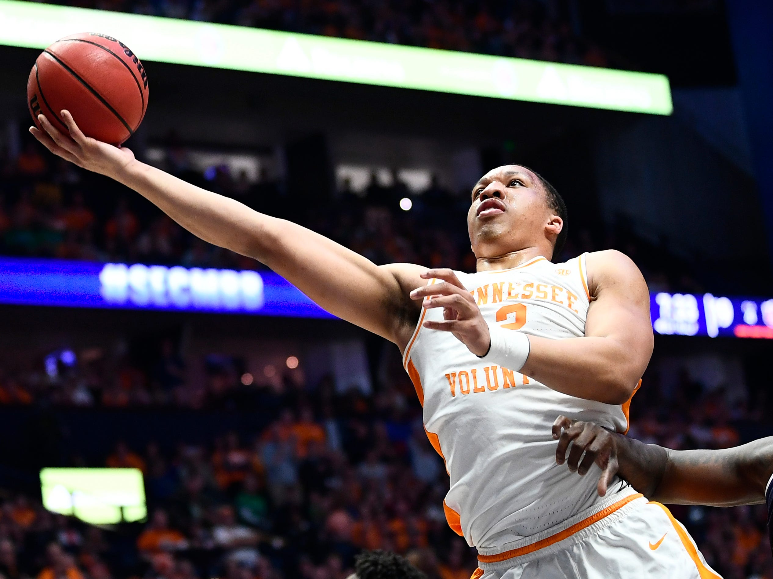Tennessee forward Grant Williams (2) takes a shot during the first half of the SEC Men's Basketball Tournament championship game at Bridgestone Arena in Nashville, Tenn., Sunday, March 17, 2019.