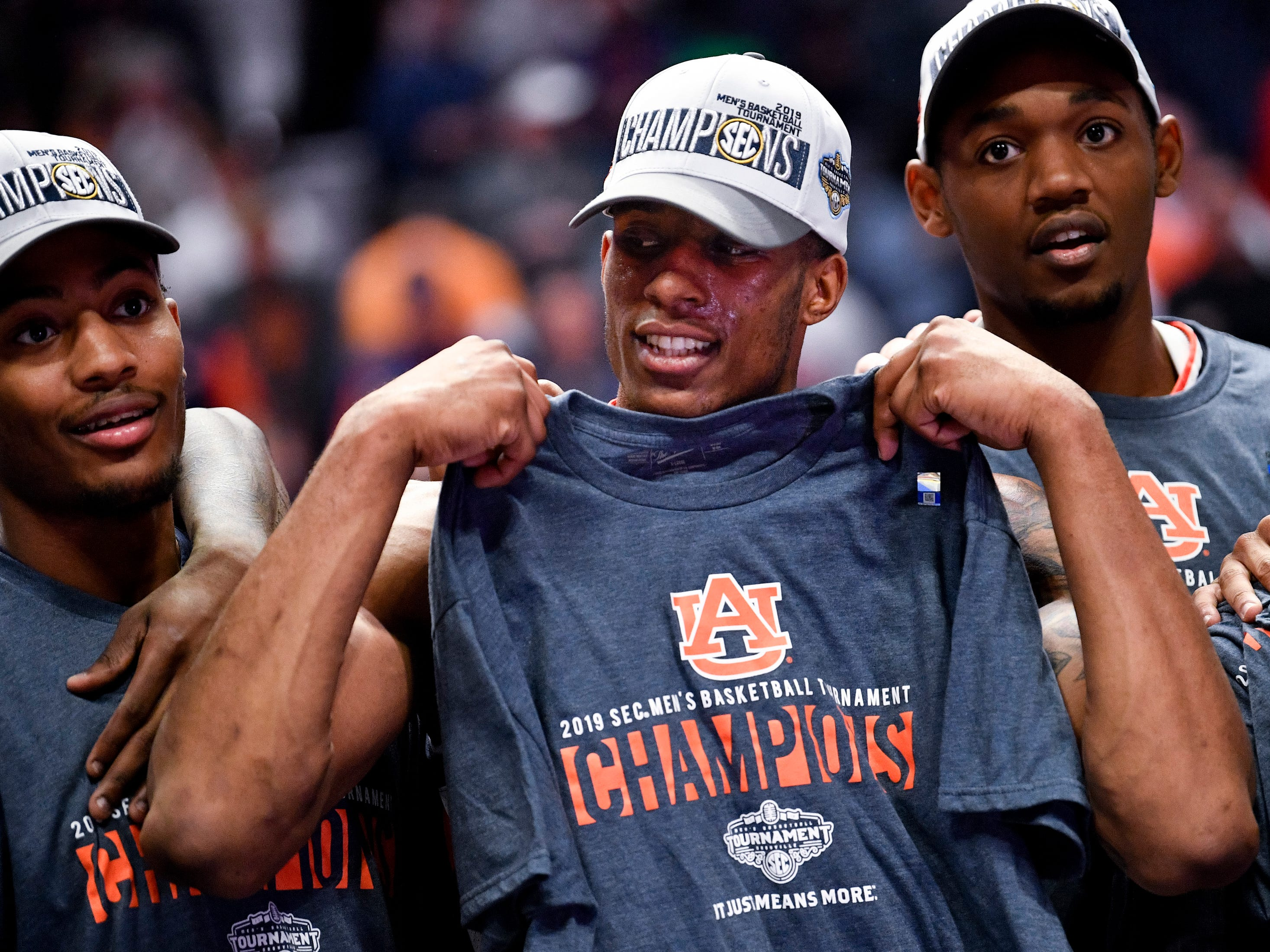 Auburn forward Horace Spencer (0) celebrates after their SEC Men's Basketball Tournament championship victory against Tennessee at Bridgestone Arena in Nashville, Tenn., Sunday, March 17, 2019.