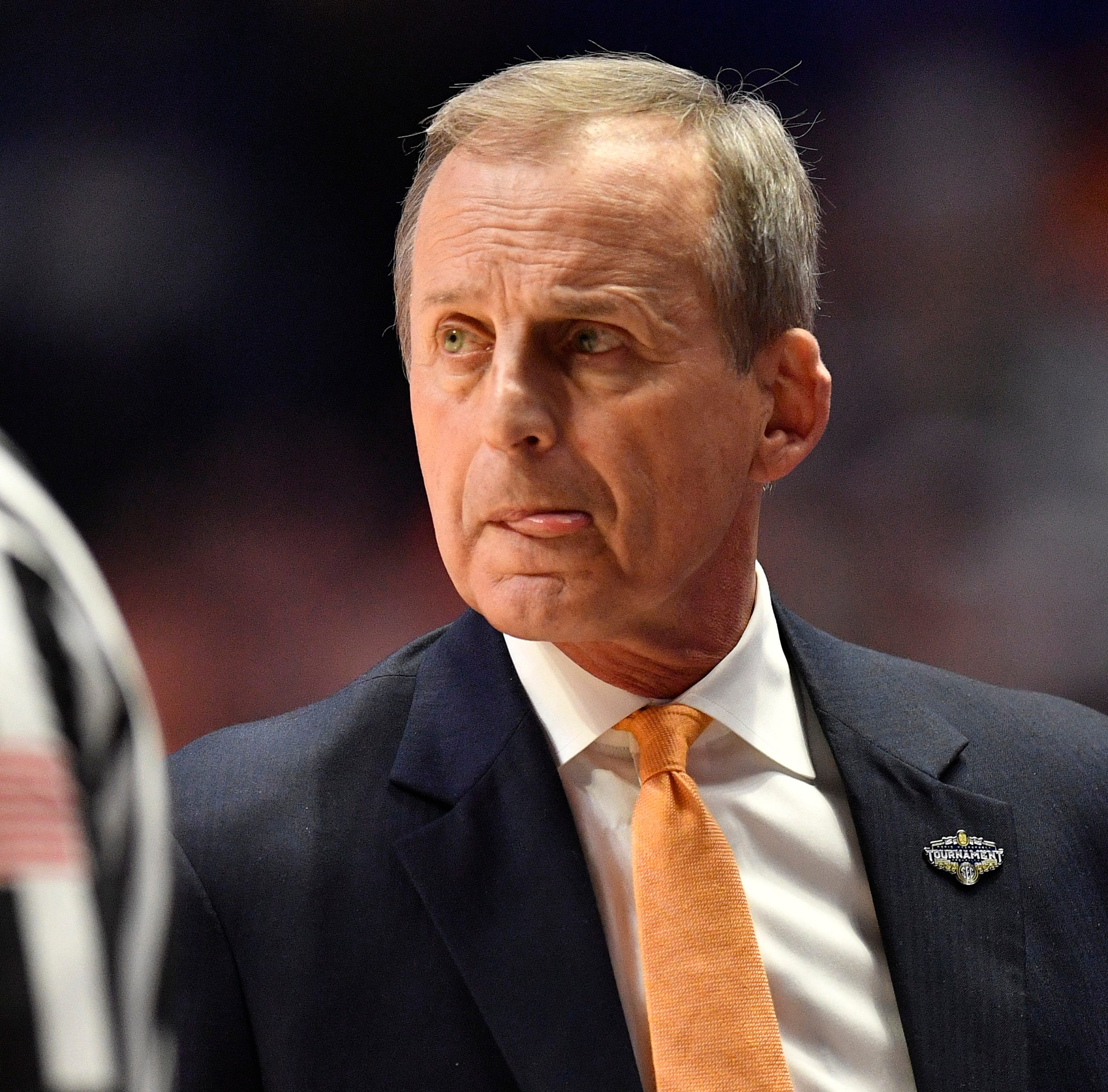 If Rick Barnes accepts free food offers, here's the price tag