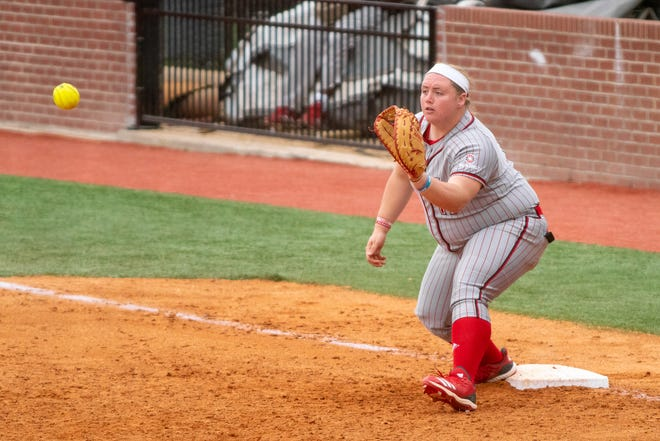 UL's Bailey Curry makes a catch at first base as the Ragin' Cajuns take on the Troy Trojans at Yvette Girouard Field on March 17, 2019.