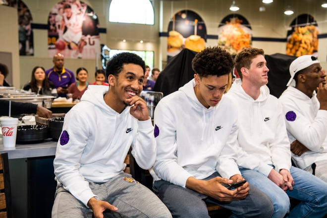 The LSU basketball team watches the NCAA Tournament Selection Show on Sunday, March 17, 2019, to learn their placement.