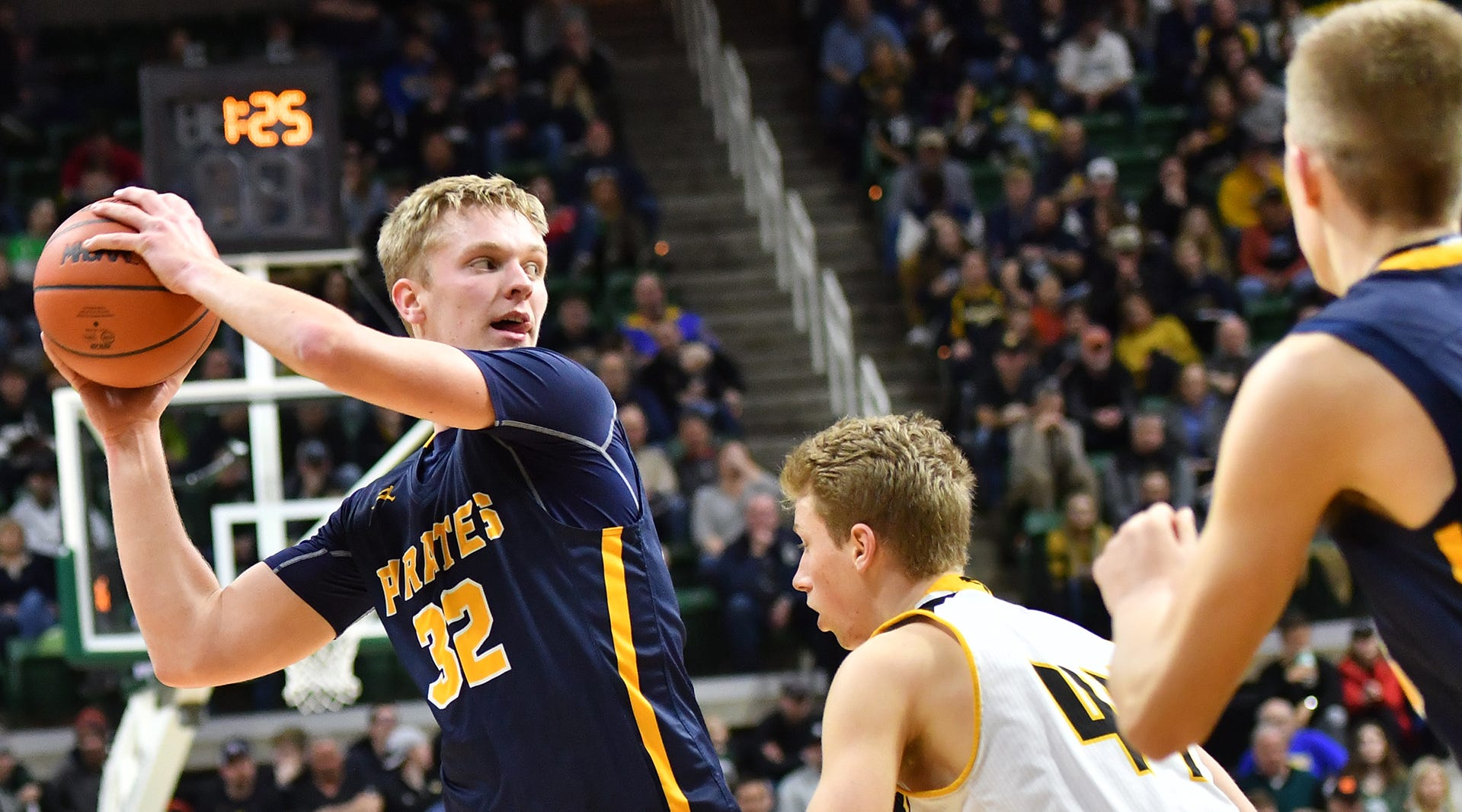 These Lansing area high school boys basketball players were named all-state by BCAM