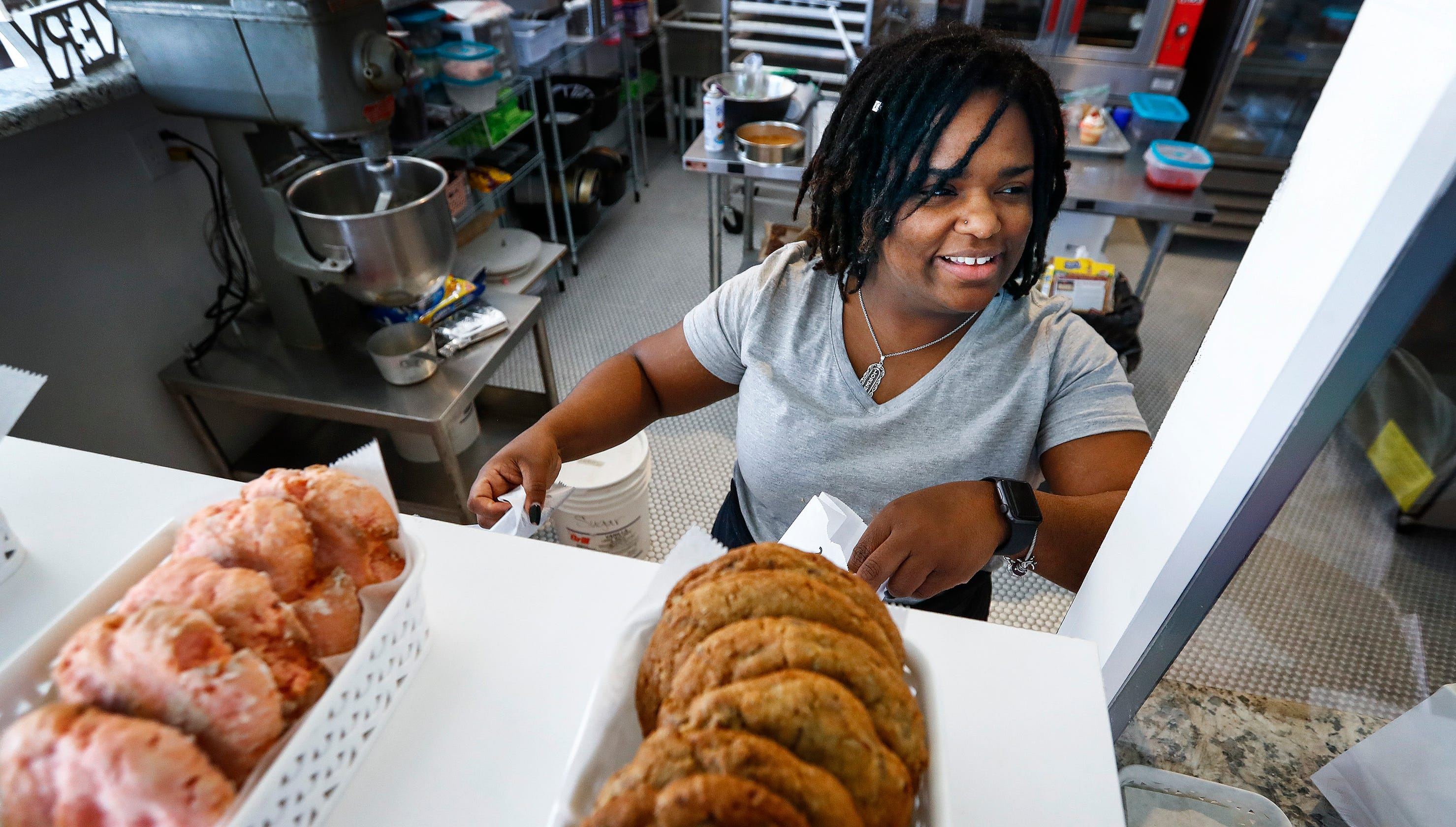 Dee'Lightful Bliss Bakery moves to Downtown Memphis' South