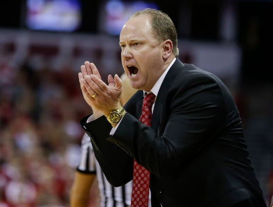 Head coach Greg Gard and the Badgers are 23-10 this season.