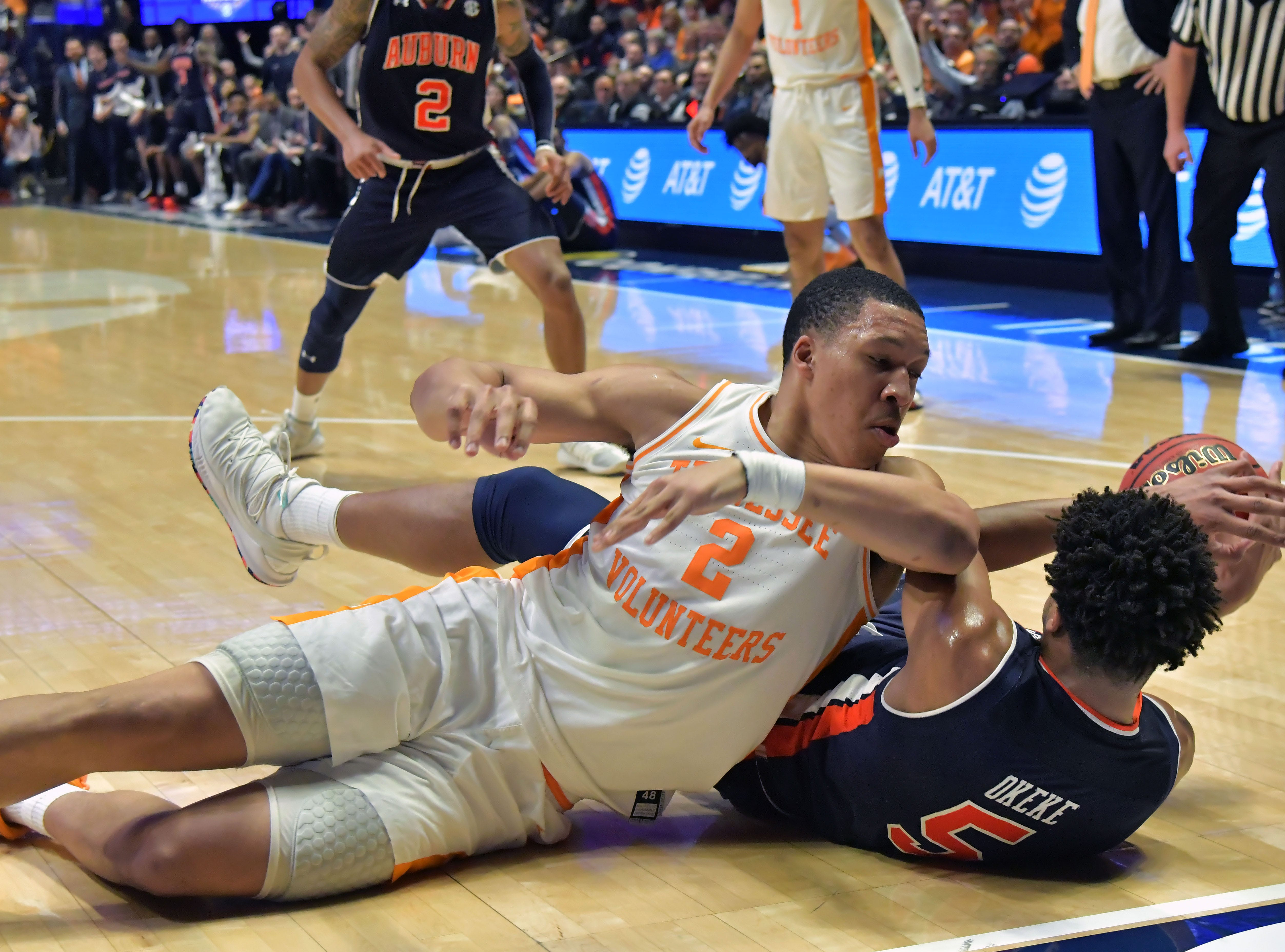 Mar 17, 2019; Nashville, TN, USA; Tennessee Volunteers forward Grant Williams (2) fights for the loose ball against Auburn Tigers forward Chuma Okeke (5) during the second half of the championship game in the SEC conference tournament at Bridgestone Arena. Auburn won 84-64. Mandatory Credit: Jim Brown-USA TODAY Sports