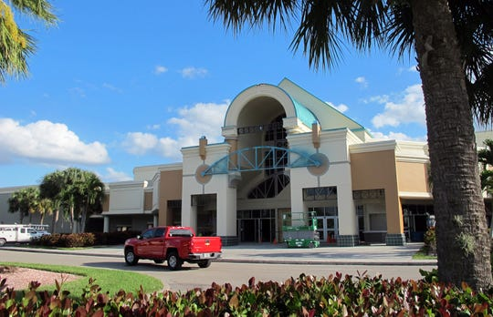 Renovation work continues in March 2019 at Hollywood 20 cinema in North Naples.