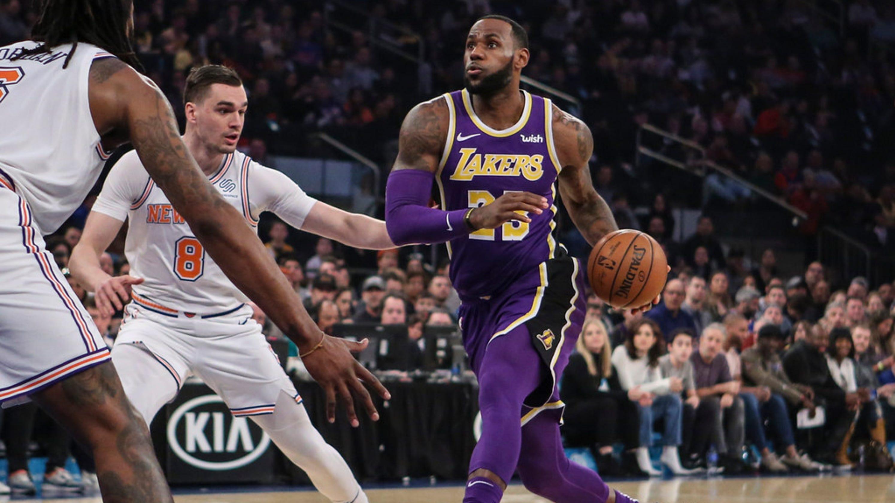 New York Knicks beat Los Angeles Lakers and LeBron JamesLebron James Knicks Uniform