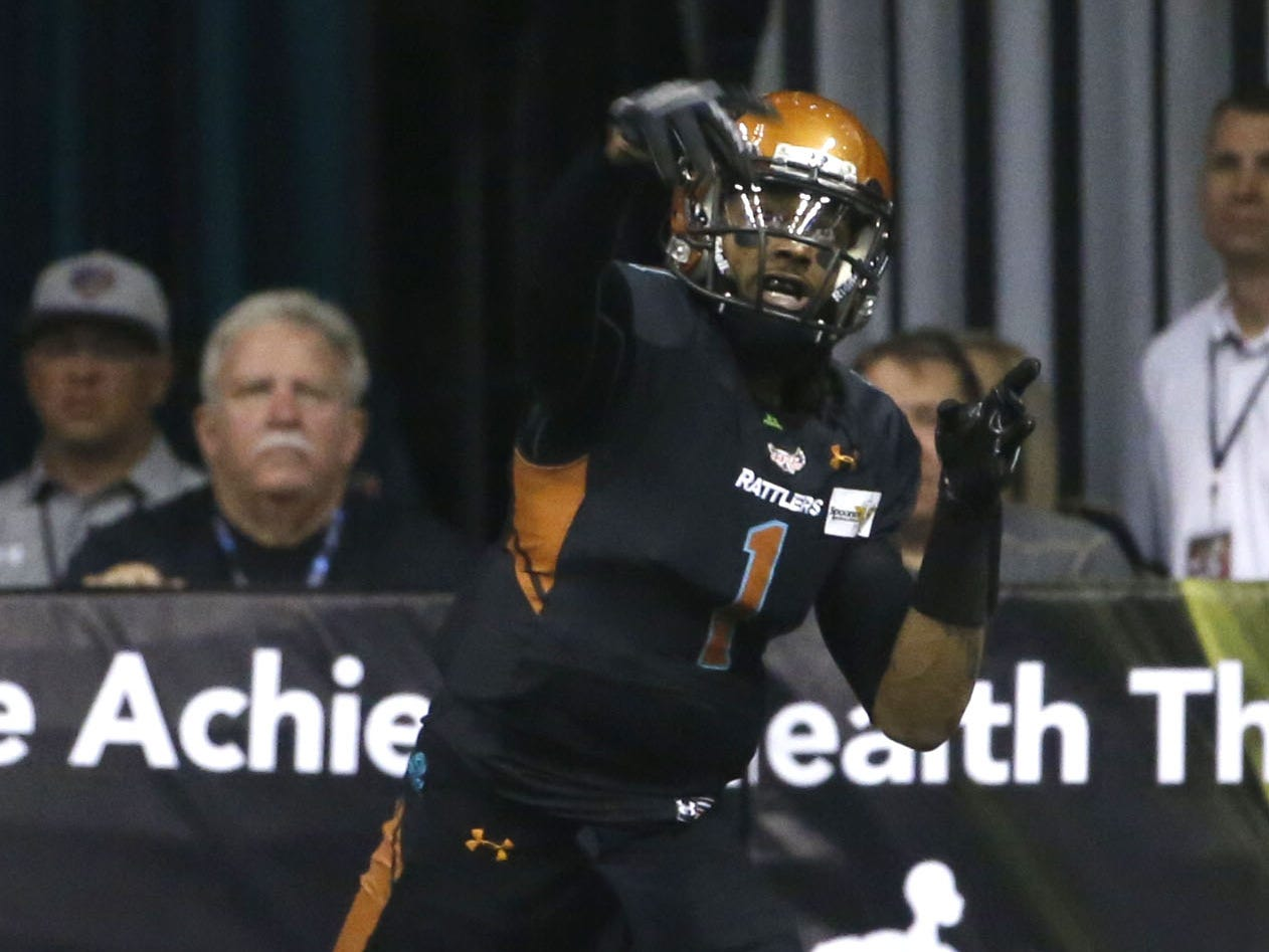 Rattlers' Verlon Reed Jr. (1) throws a pass against the Sugar Skulls during the first half at Talking Stick Resort Arena in Phoenix, Ariz. on March 16, 2019.