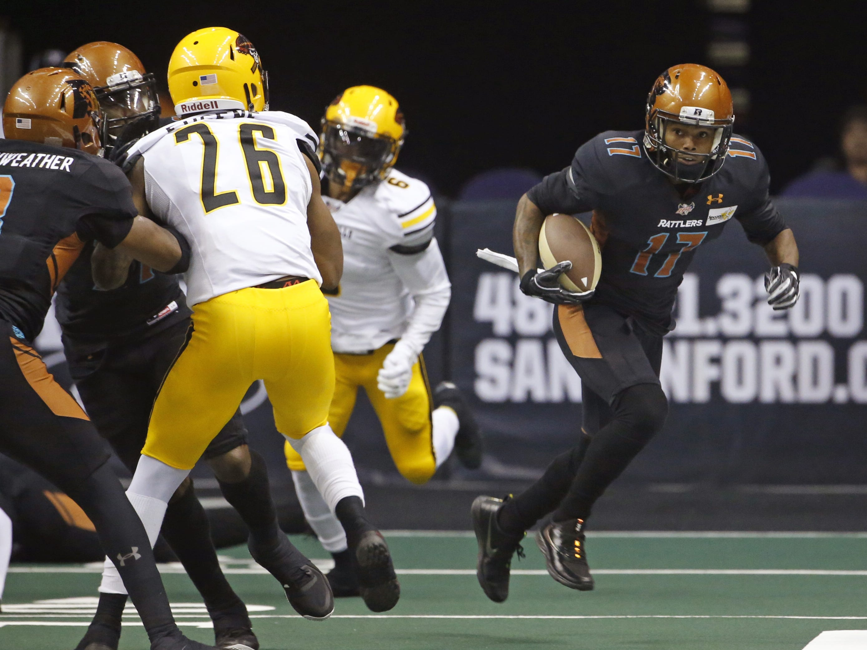 Rattlers' Desmond Epps (17) returns a kick against the Sugar Skulls during the first half at Talking Stick Resort Arena in Phoenix, Ariz. on March 16, 2019.