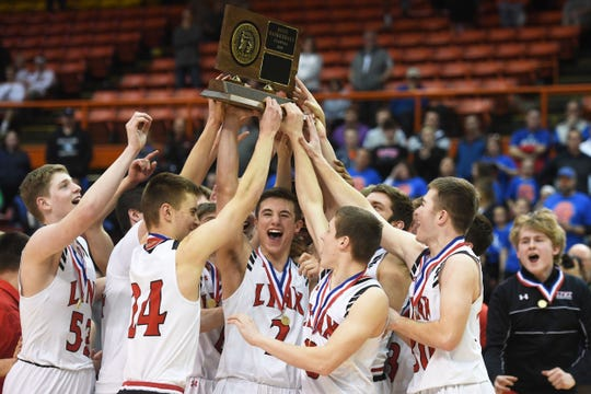 Brandon Valley celebrates their win against O'Gorman in the Class AA finals Saturday, March 16, in Rapid City.
