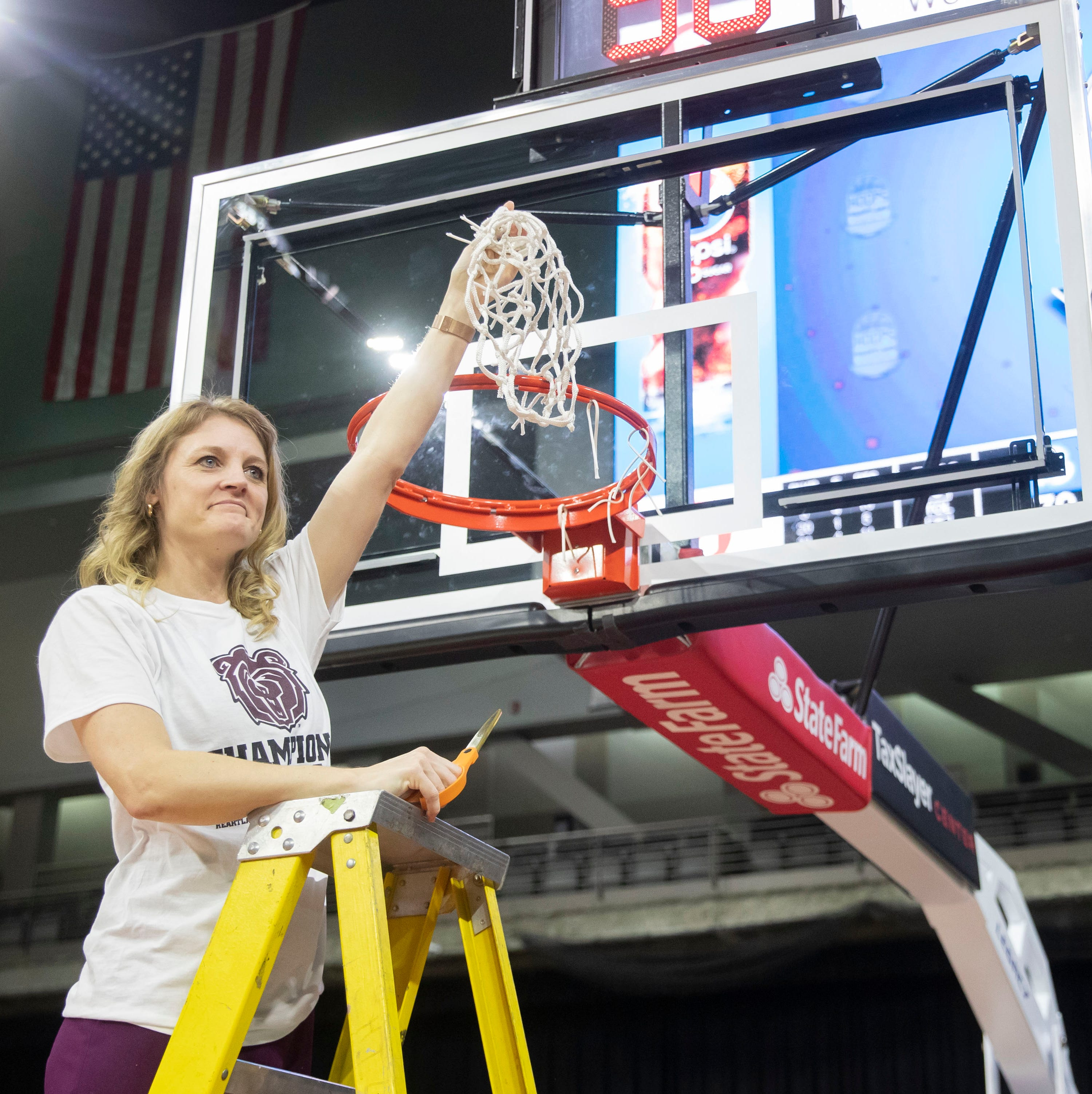 How MSU Lady Bears coach Kellie Harper took a team with one senior and made it a champion