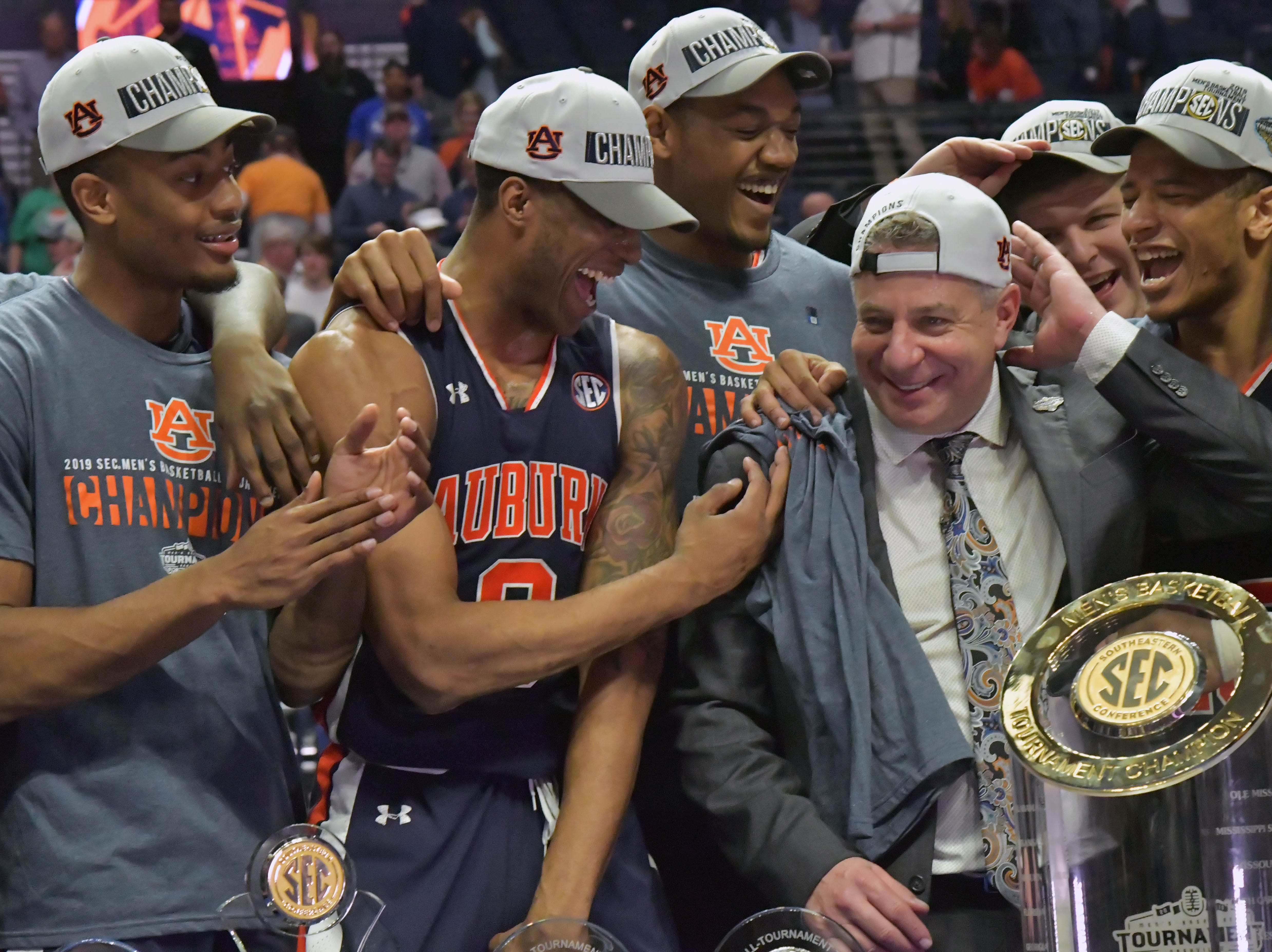 Auburn (26-9), No. 5 seed in Midwest, Southeastern Conference champion