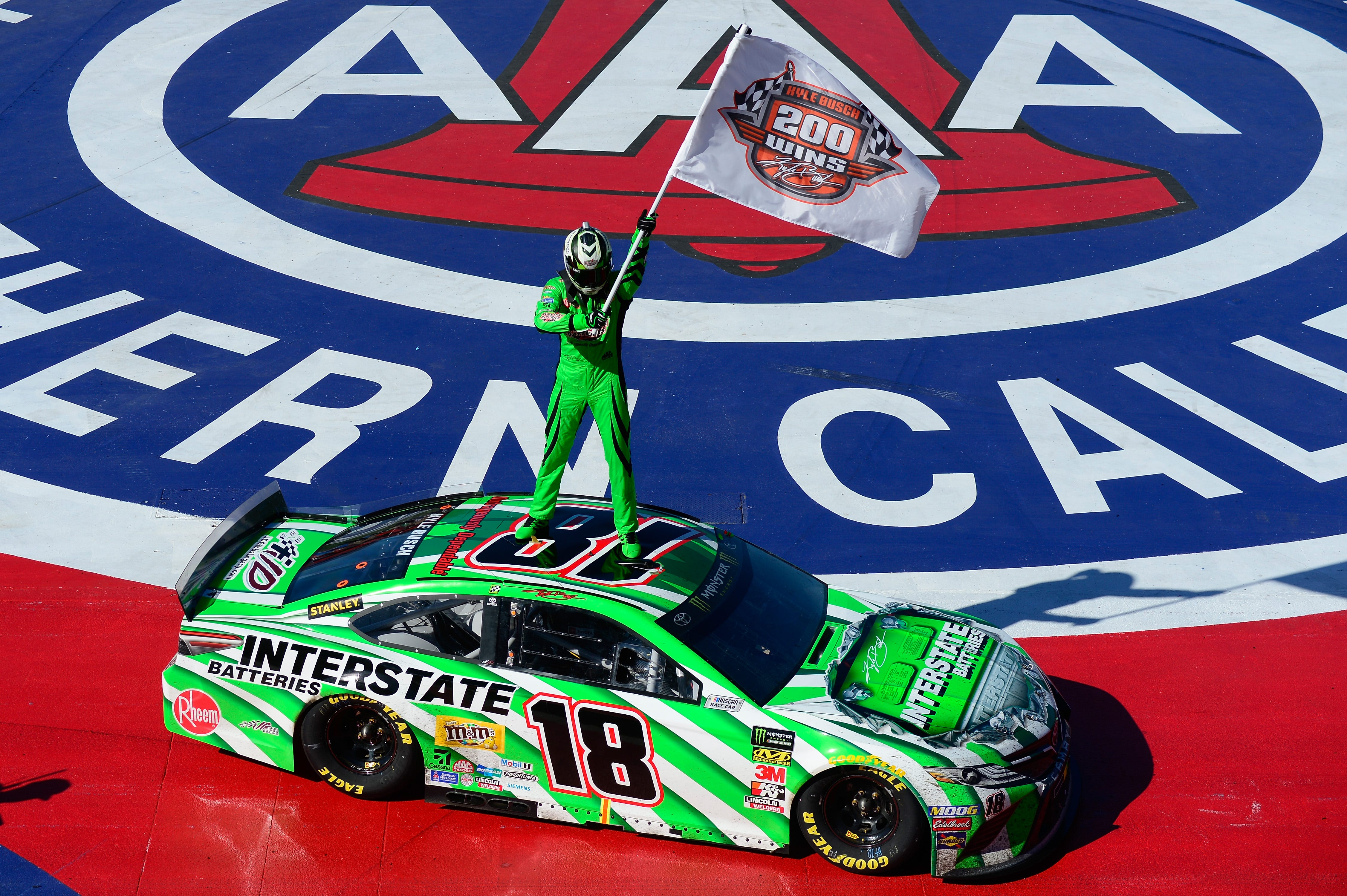 Kyle Busch scores milestone 200th NASCAR national series win with strong run in Auto Club 400