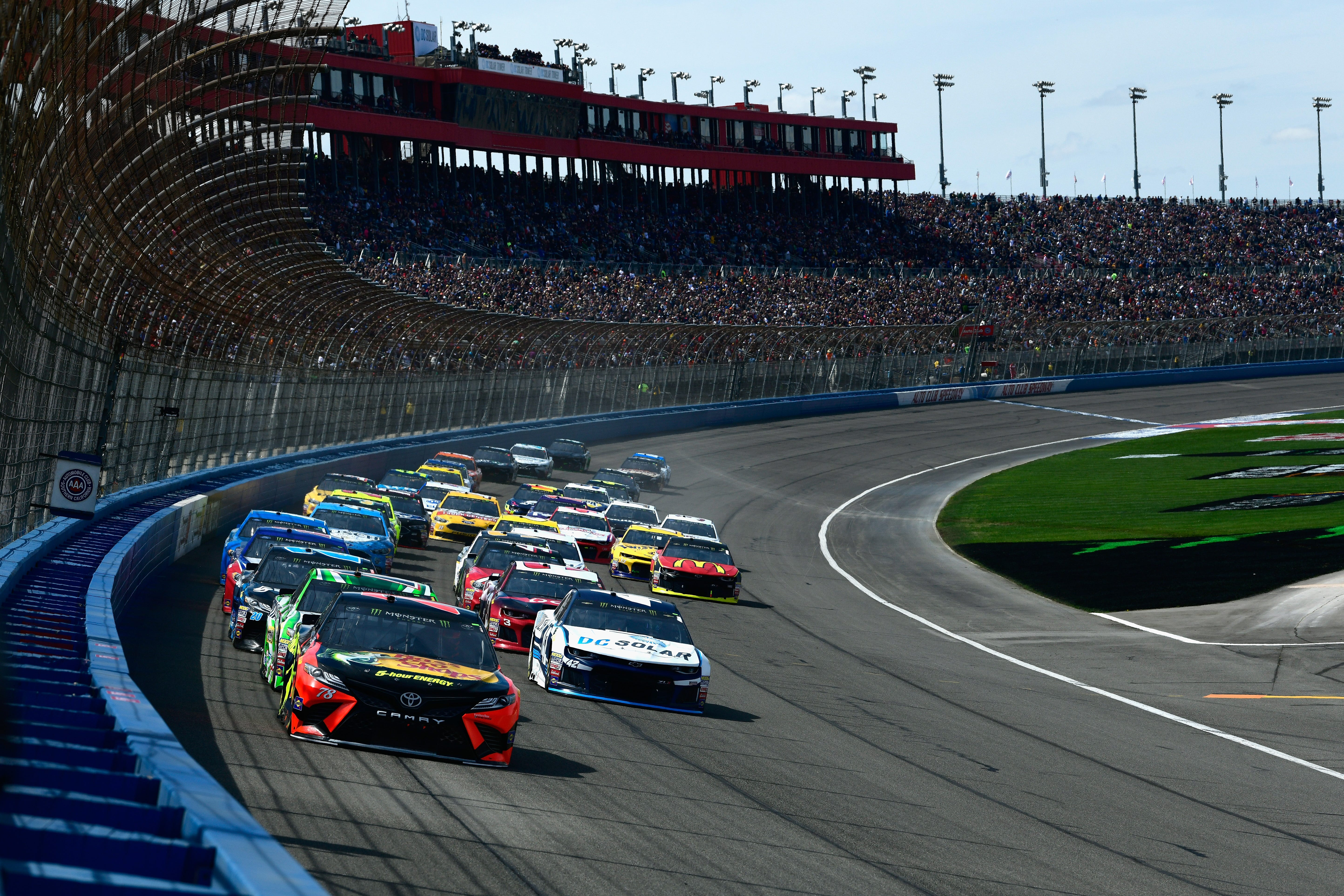 NASCAR Fontana 2019: Schedule, lineup, TV and weather information for Auto Club 400