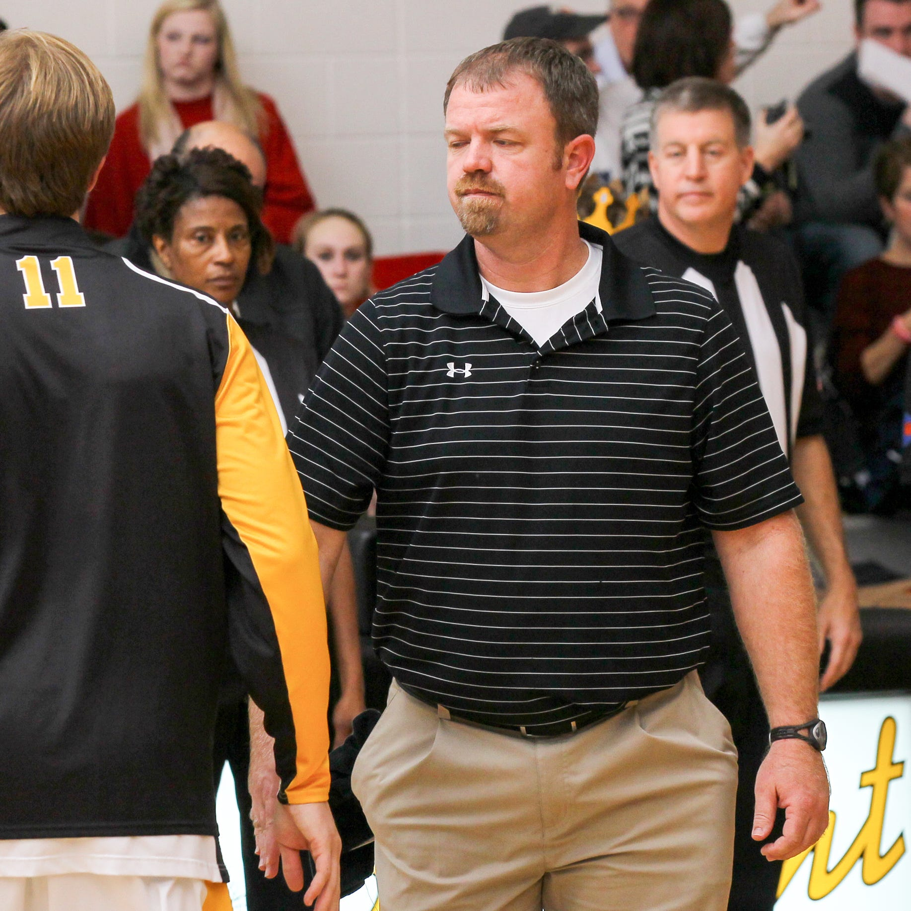 Crescent basketball coach Cade Gray steps down