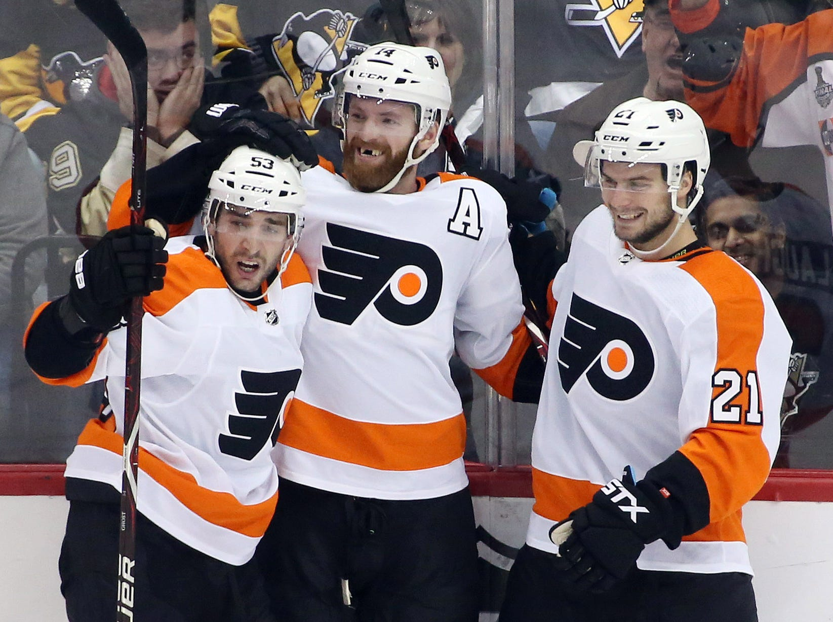 Flyers 5 takeaways: Another rabid late comeback to beat Penguins