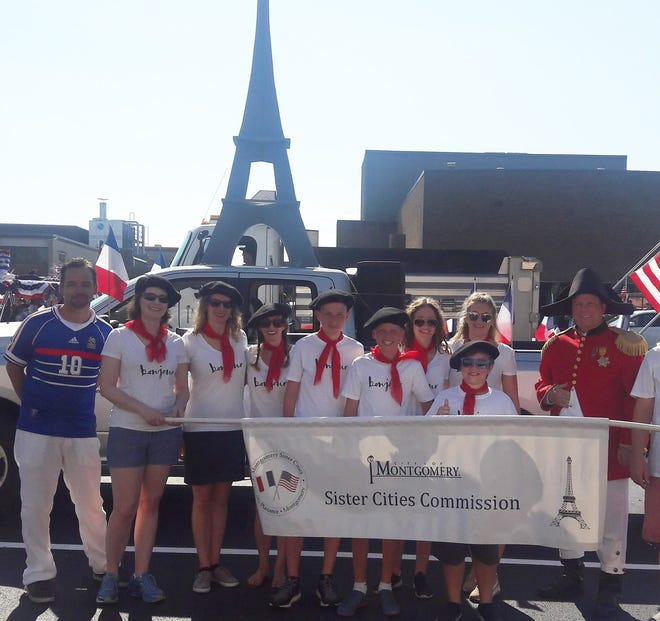 In 2018, the Best Float ribbon was awarded to the Montgomery Sister Cities Commission. Members of the commission organized a float to celebrate Montgomery's sister city, Neuilly-Plaisance, France. Even Emperor Napoleon made a brief appearance in last year's parade.