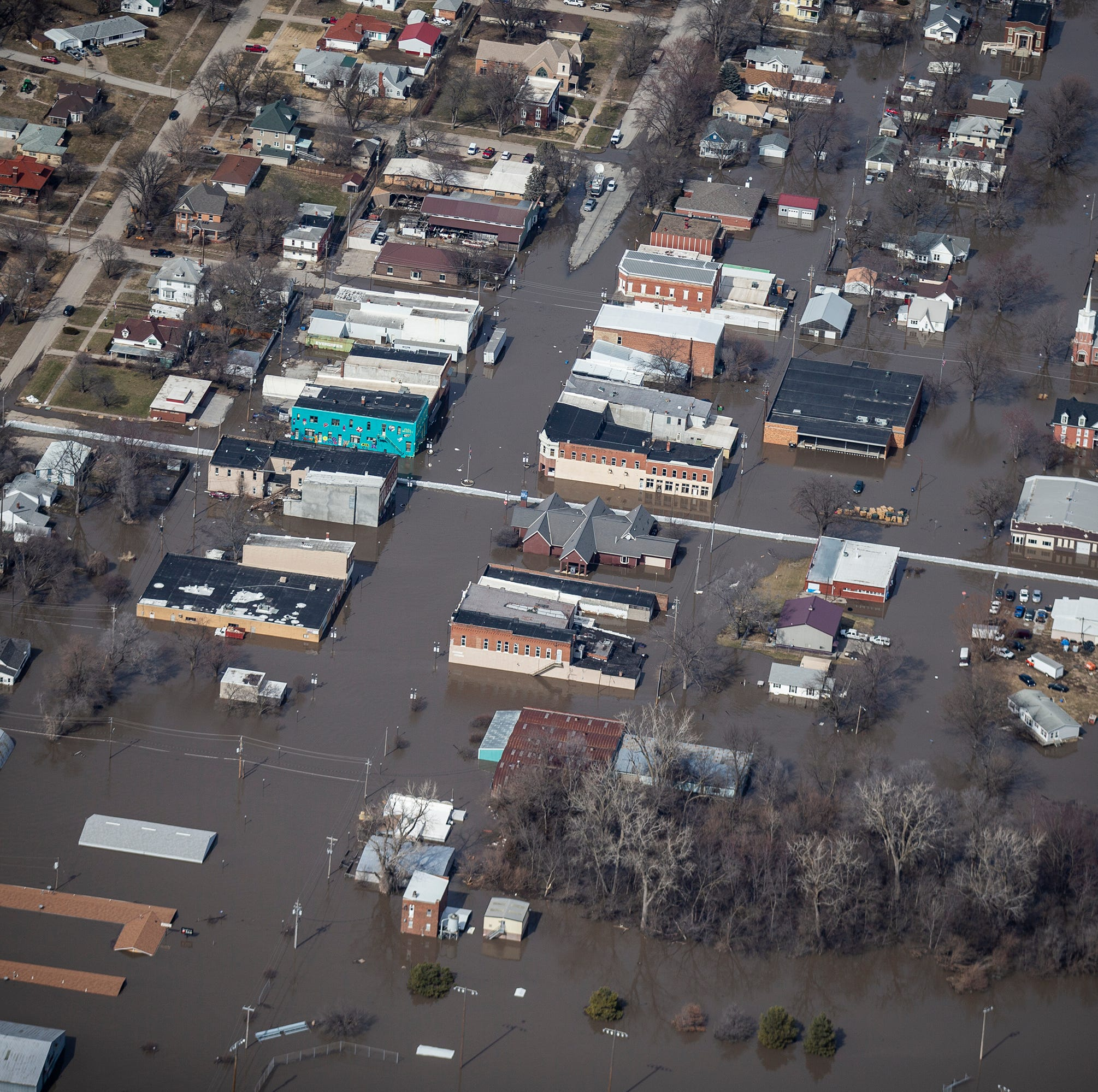 Six post offices suspending service due to northwestern Iowa floodwaters