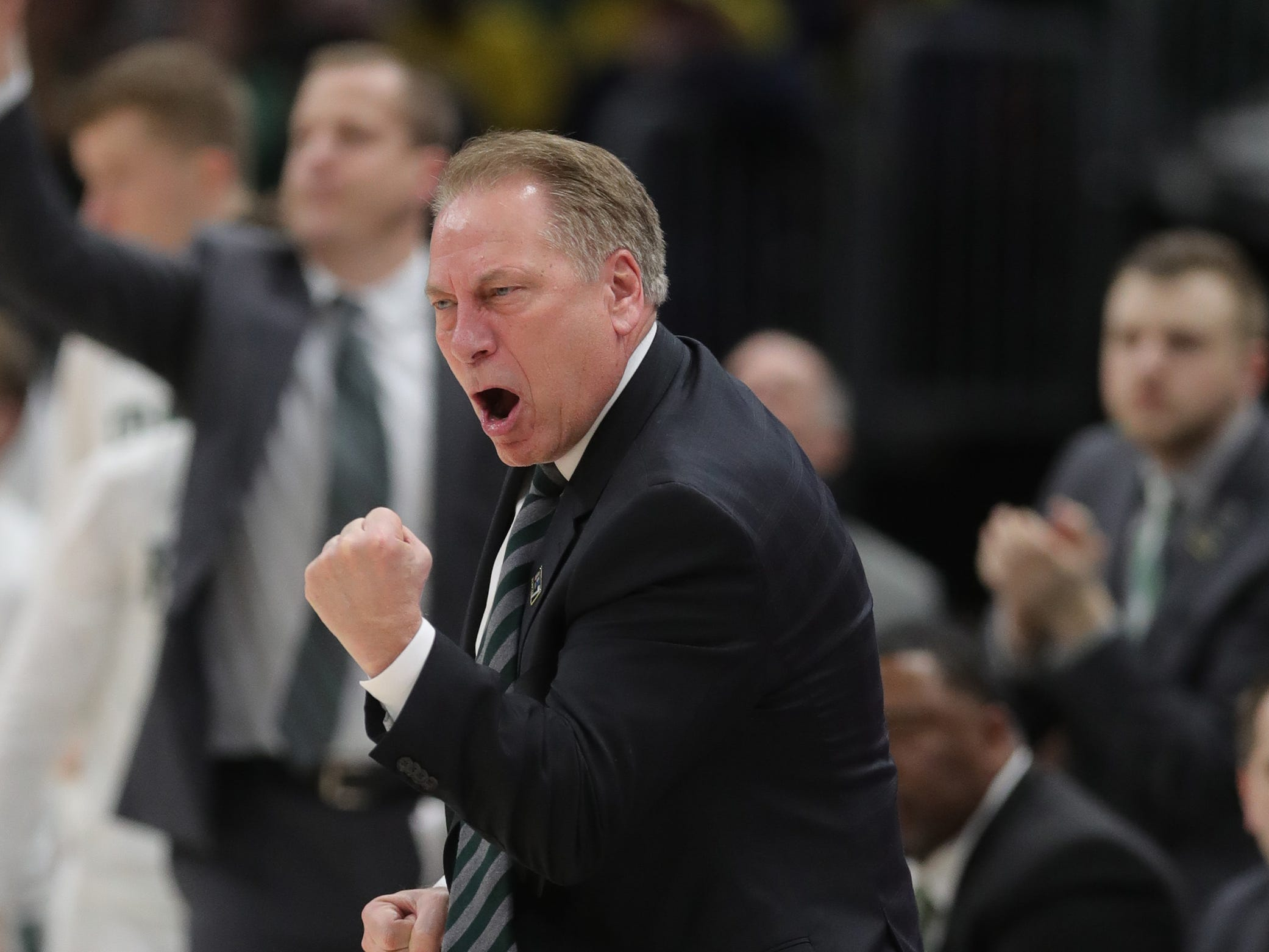 Michigan State coach Tom Izzo encourages his players during the second half of the Big Ten tournament championship win over Michigan, Sunday, March 17, 2019 in Chicago.