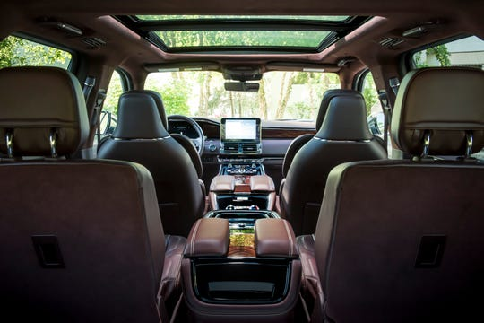 Interior of a Lincoln Navigator.