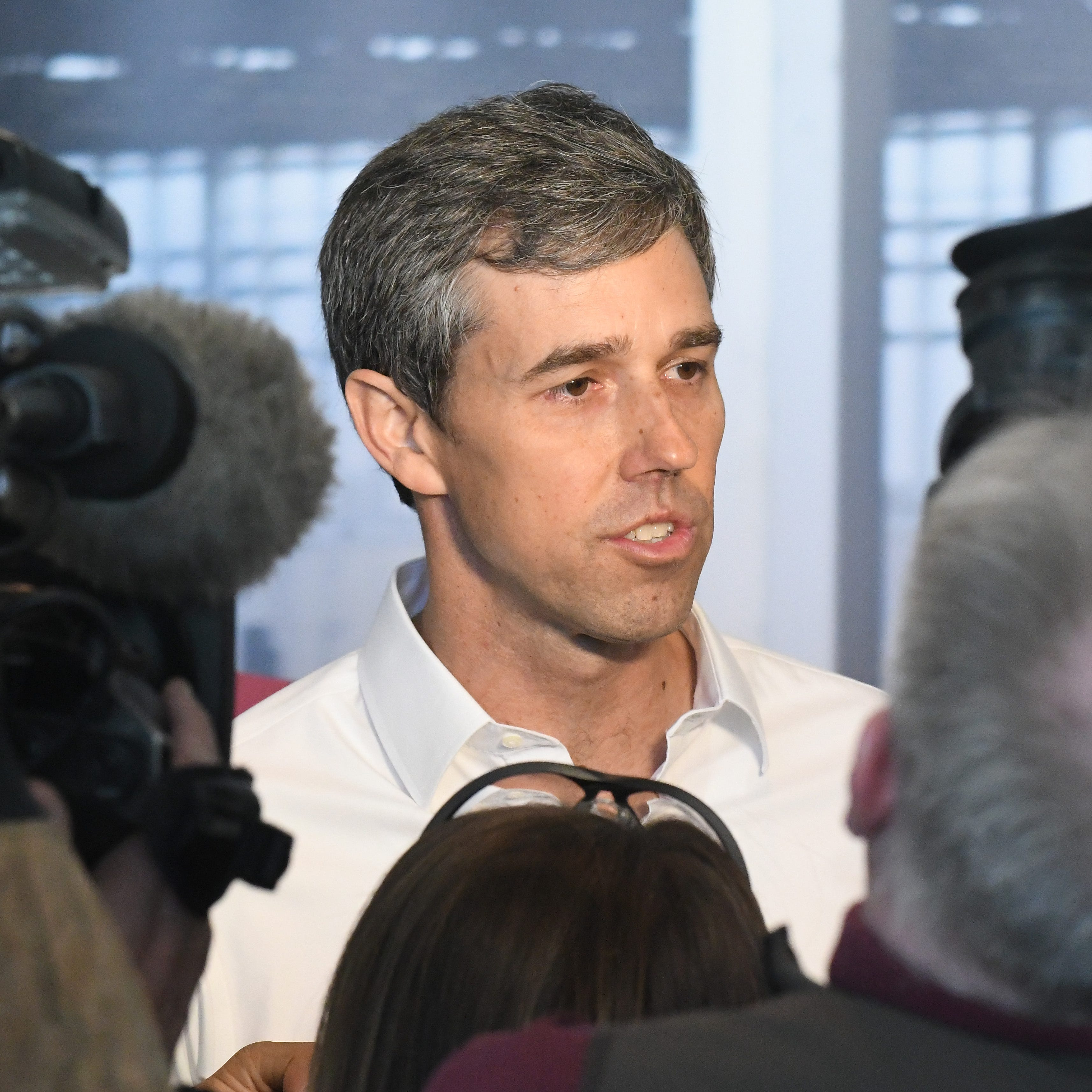 Beto O'Rourke woos union workers as Dems target Michigan