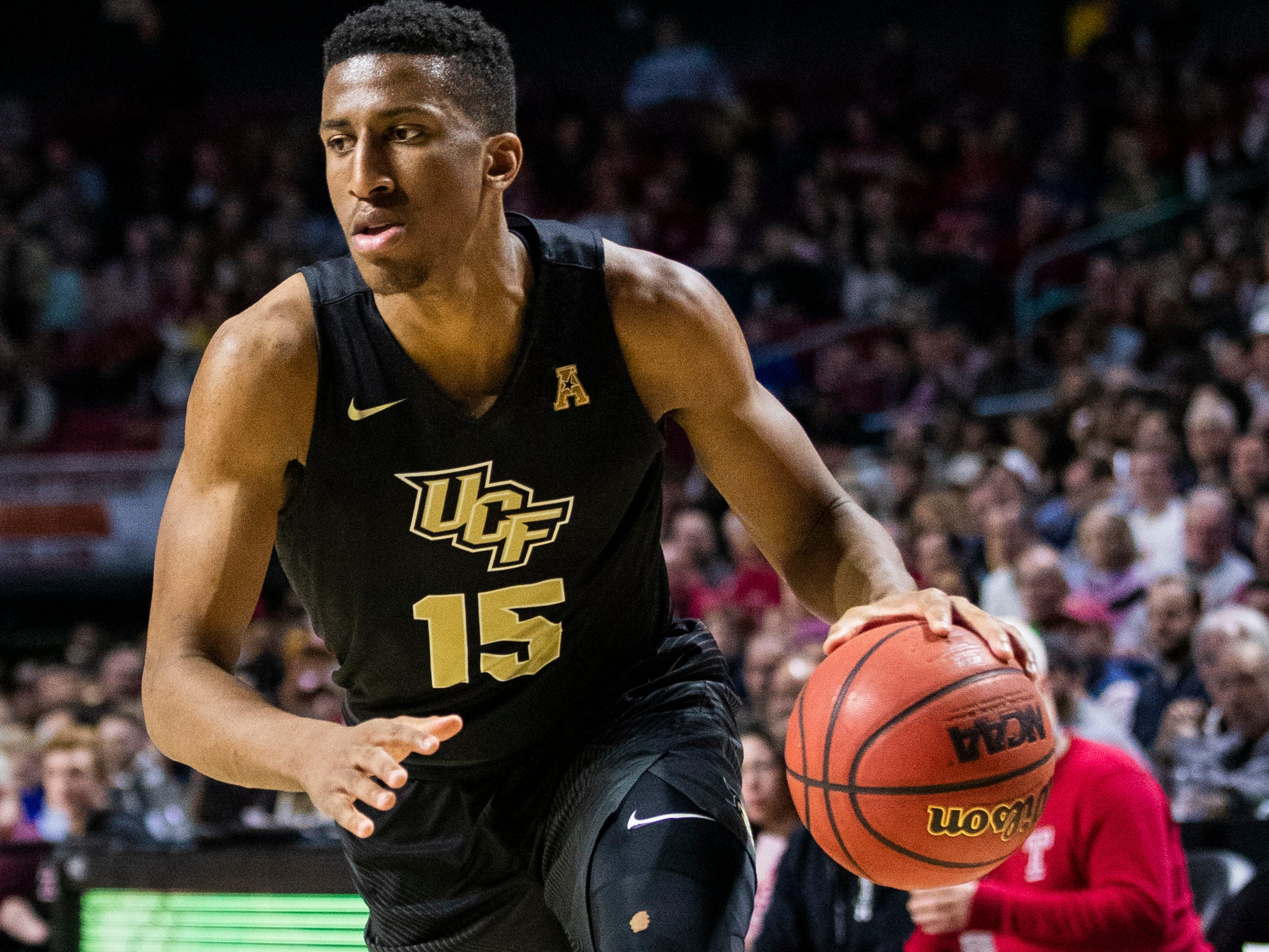 Aubrey Dawkins, 6-6 guard, RS junior, UCF (Michigan): Dawkins is second on the Golden Knights in scoring at  15.2 points per game, and top 3-point shooter at 39 percent (67 of 171). He's also averaging five rebounds per game.