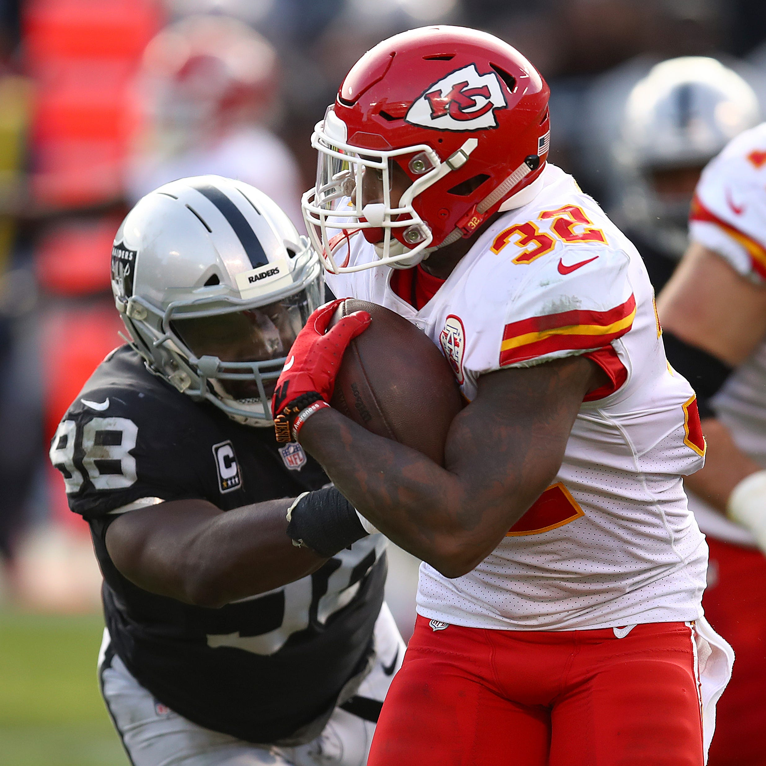 Report: Lions hosting RB Spencer Ware for visit, Haloti Ngata retires