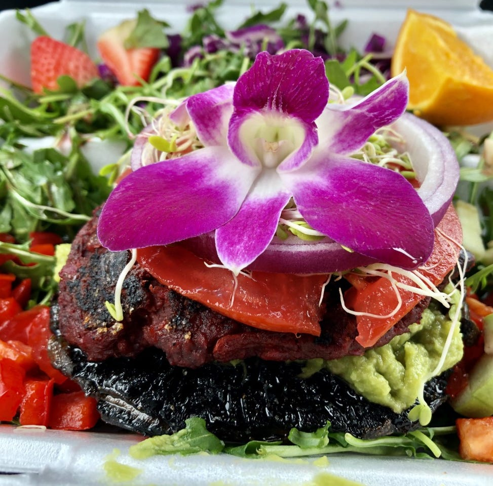 Eat like an islander at Sanibel Sprout — JLB in 3 Tweets