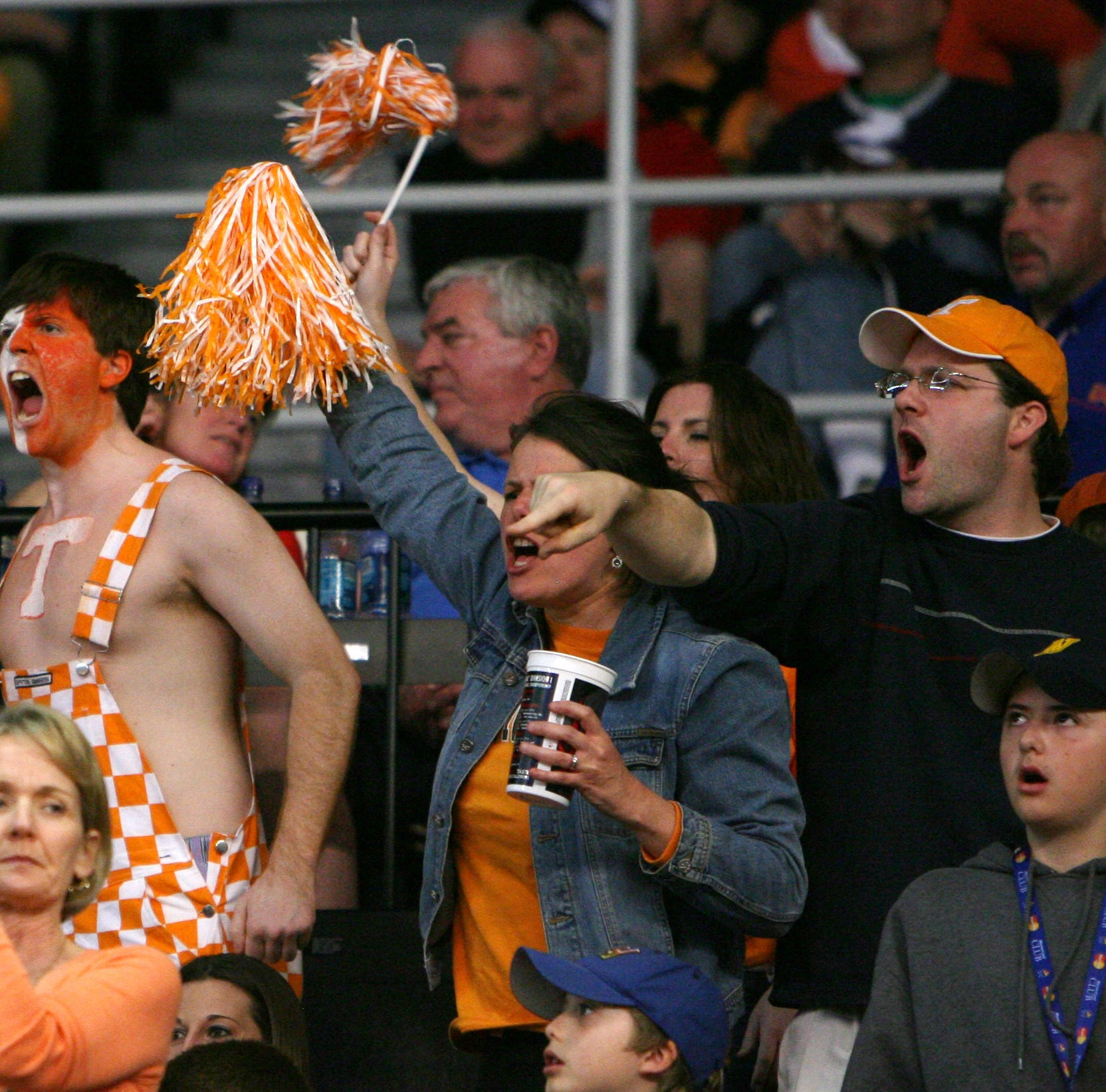 Worst survey ever trashes Knoxville as a lousy city for college basketball