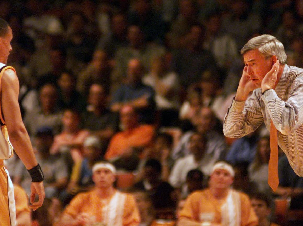 Tennessee coach Jerry Green and guard Tony Harris have a conversation in a game against North Carolina during the NCAA tournament South Regional on Friday, March 24, 2000, in Austin, Tex. North Carolina rallied past the Vols for a 74-69 victory.