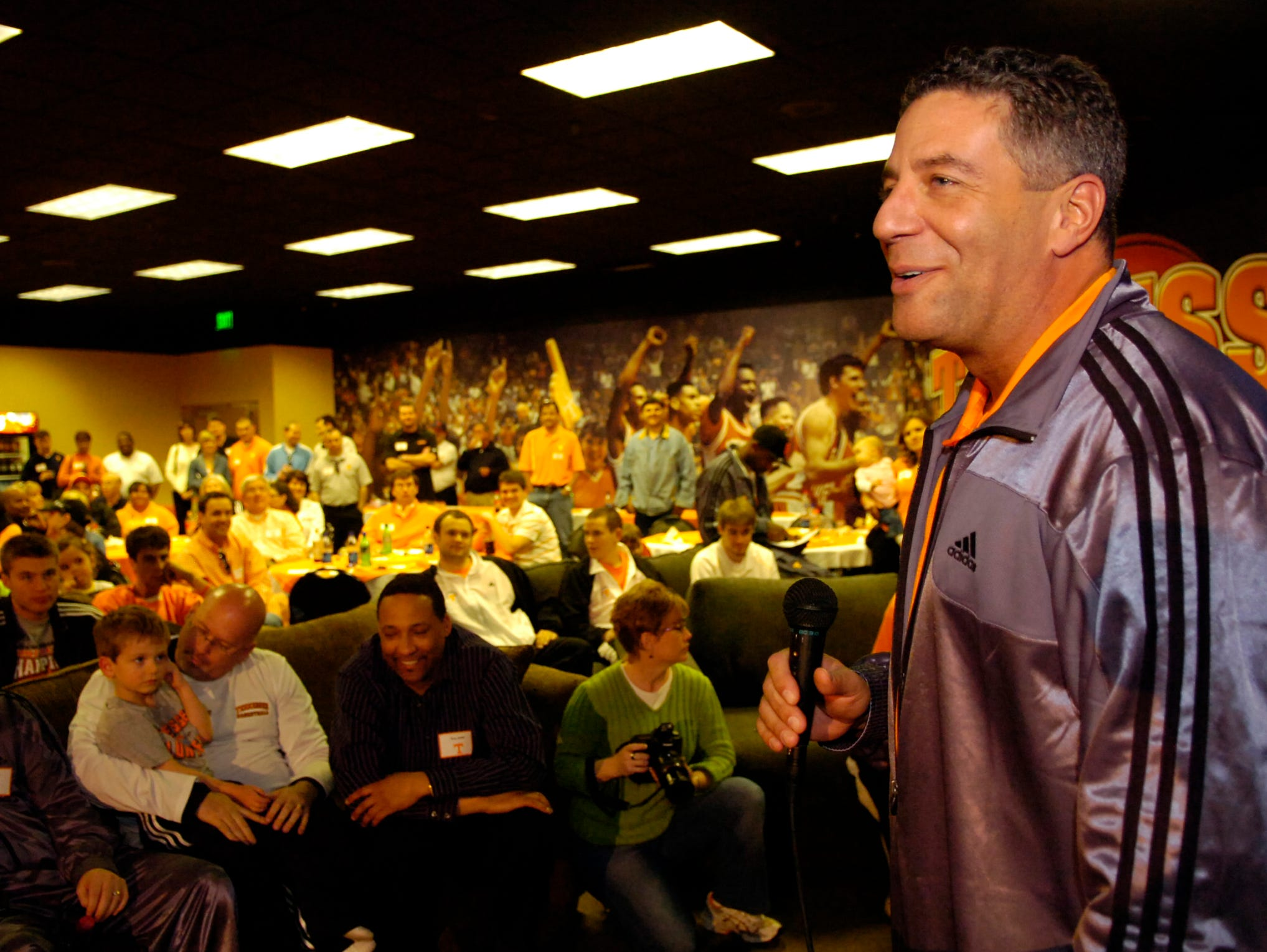 Tennessee basketball coach Bruce Pearl addresses the small crowd gathered at Thompson-Boling Arena Sunday after Fourth-ranked Tennessee received a No. 2 seed in the East Region of the 2007 NCAA men's basketball tournament.