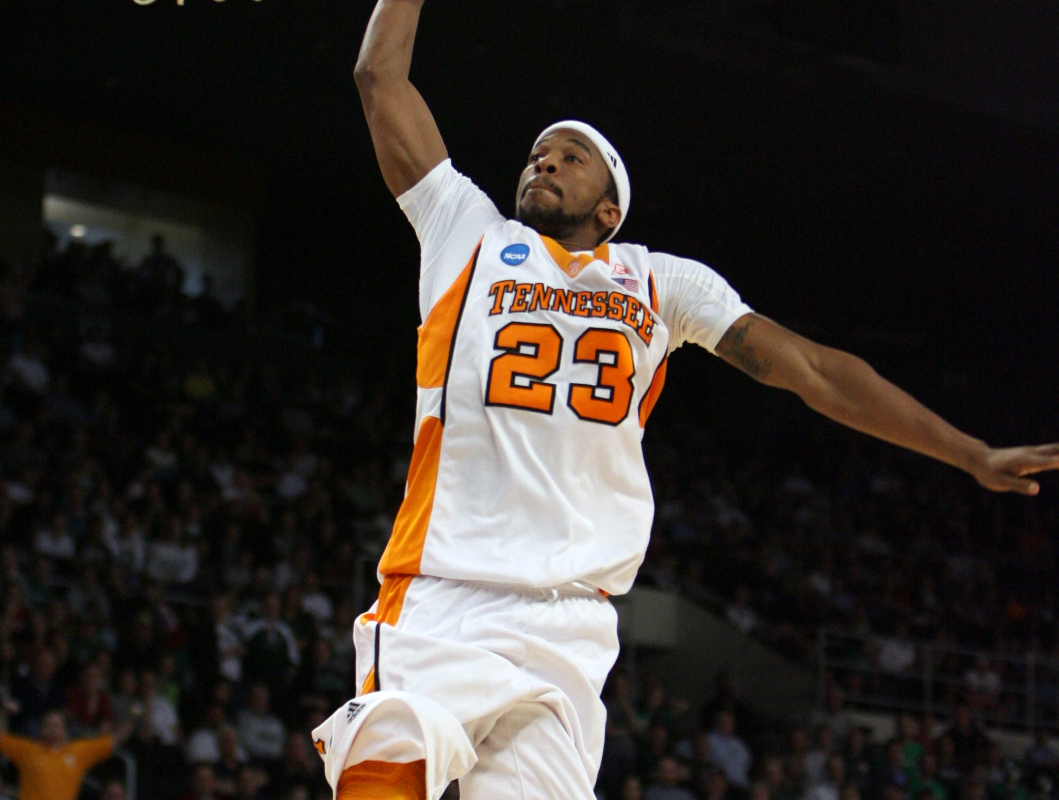 Tennessee's Cameron Tatum goes in for a slam during the game against Ohio during the second round of the NCAA tournament in Providence, R.I. Saturday, Mar. 20, 2010.  Tatum scored 9 points for the Vols during their 83-68 win over the Bobcats.