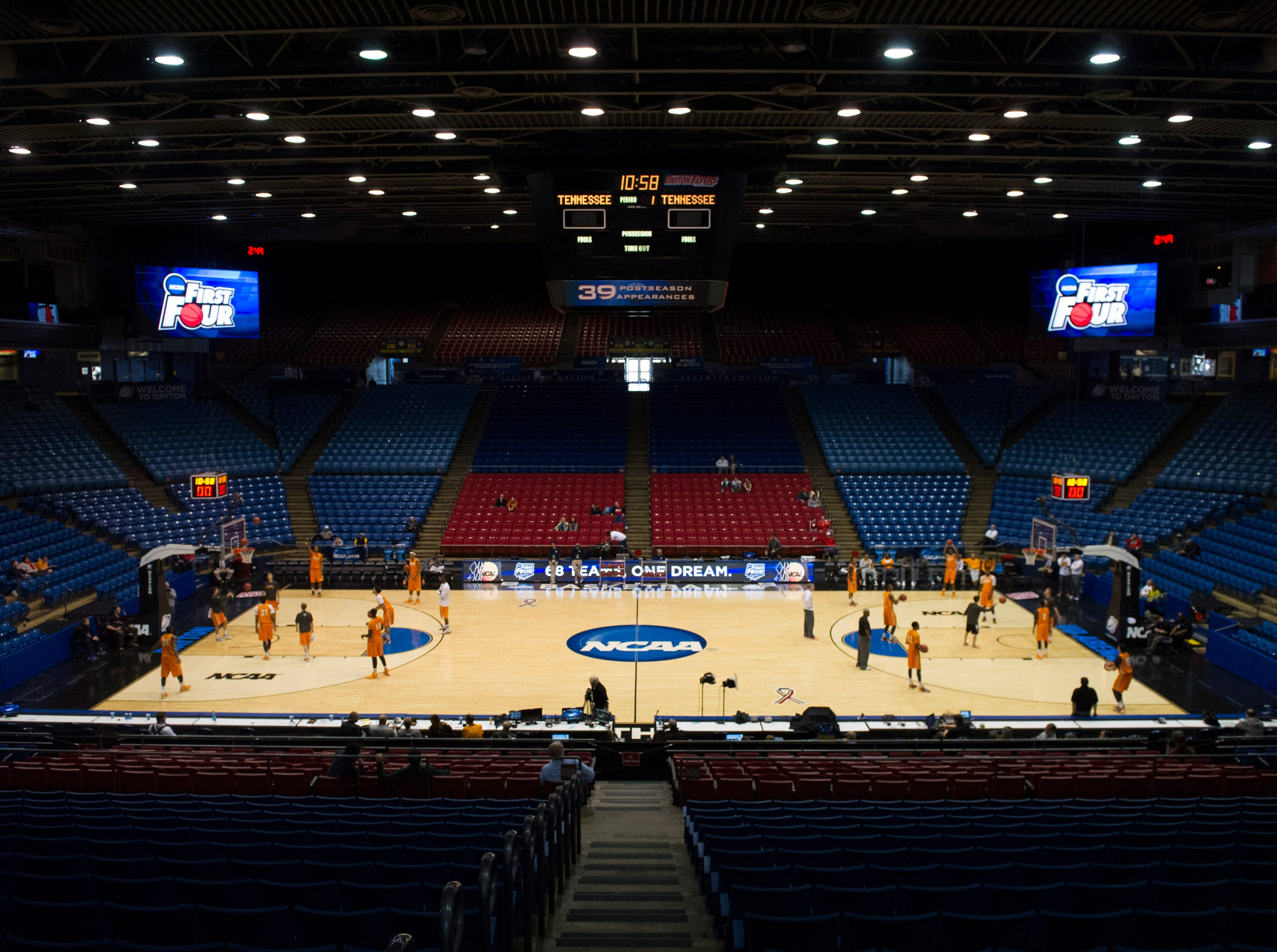 The Tennessee men's basketball team runs drills during an open practice before Tennessee's NCAA tournament first round game against Iowa at the University of Dayton Arena in Dayton, Ohio on Tuesday, March 18, 2014.
