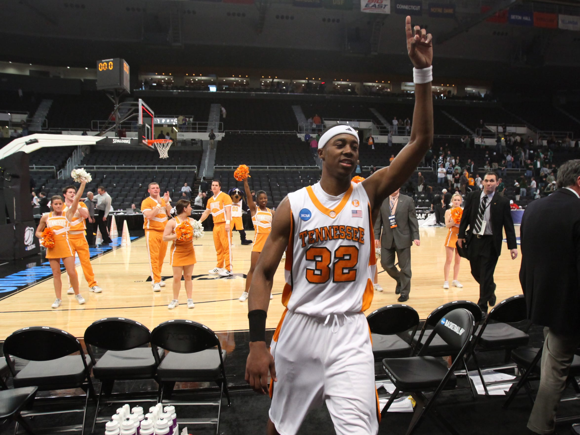 Scotty Hopson leaves the court after the Vols defeated the Ohio Bobcats 83-68 during the second round of the NCAA tournament in Providence, R.I. Saturday, Mar. 20, 2010.