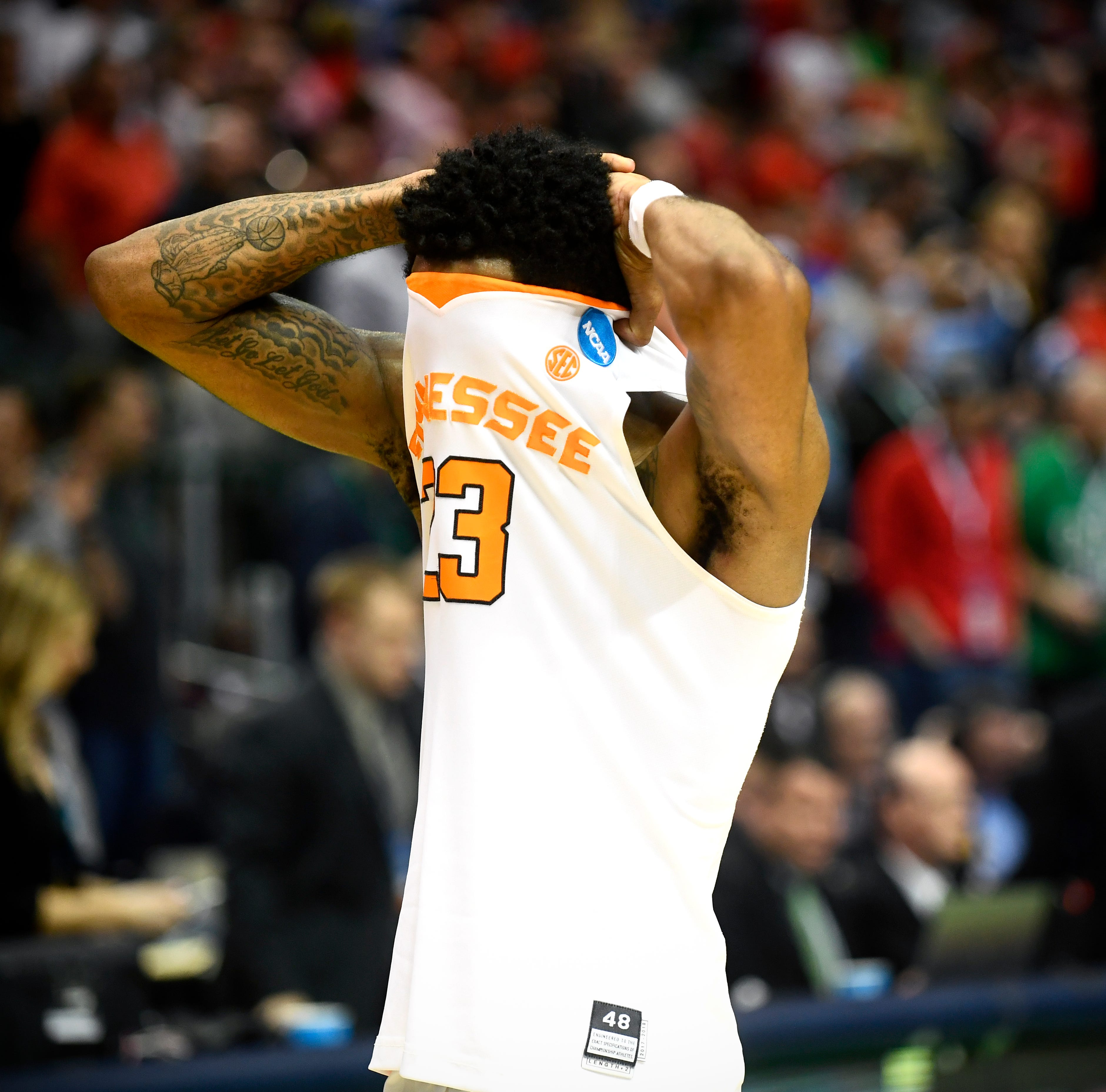What Tennessee basketball learned from Loyola-Chicago loss in NCAA Tournament: 'We can still feel it'