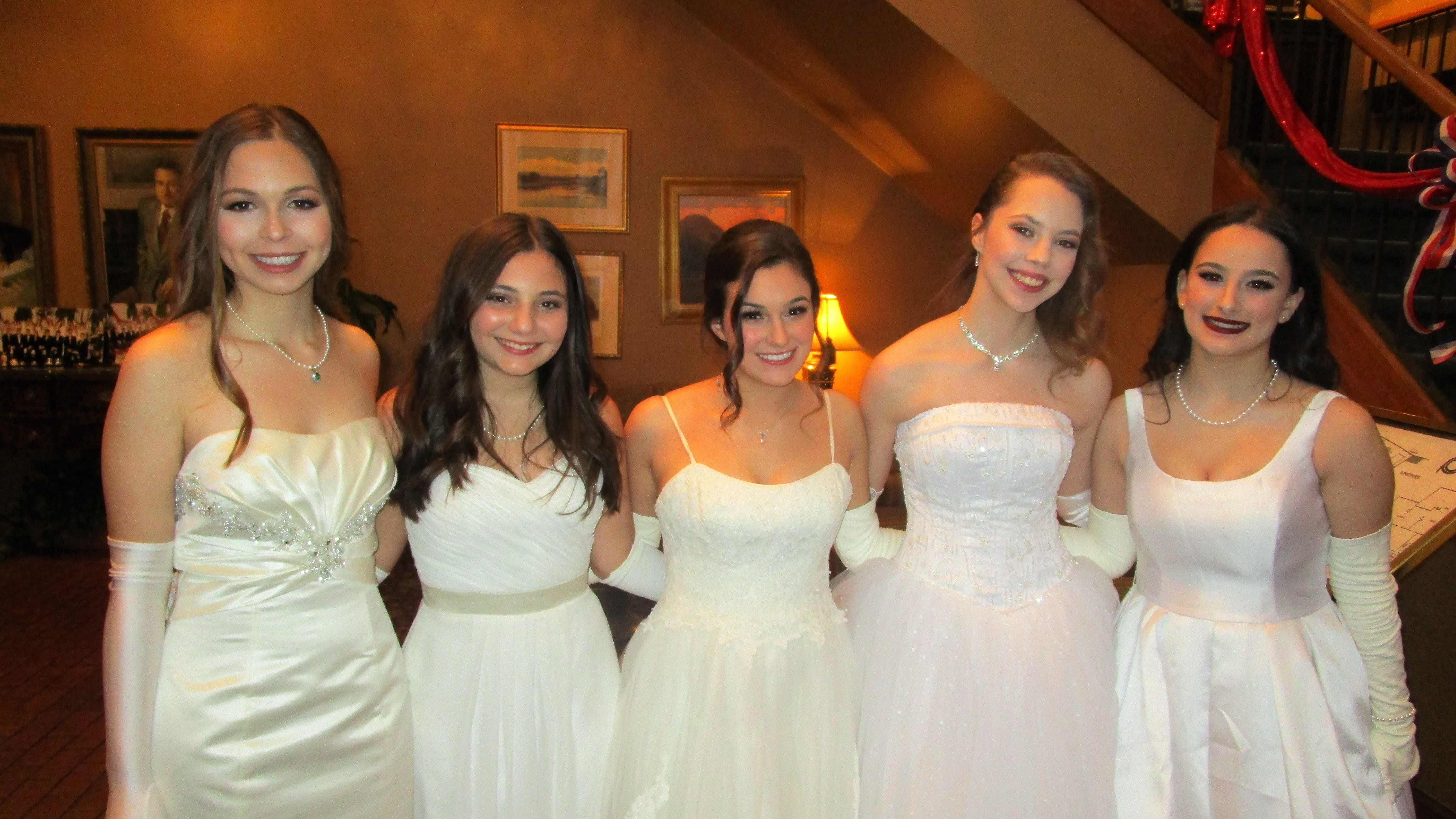 Elise Lipari, Lauren Franques, Anna Grace Franques, Emily Burdette and Cydney Theard