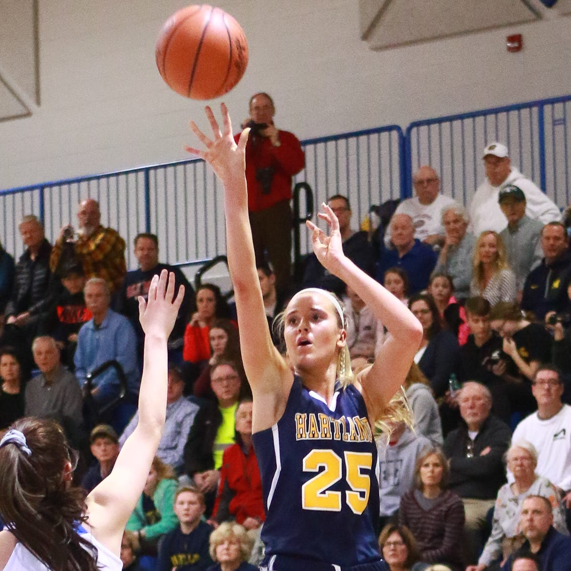 Hartland girls hope to 'break that door open' in basketball quarterfinals