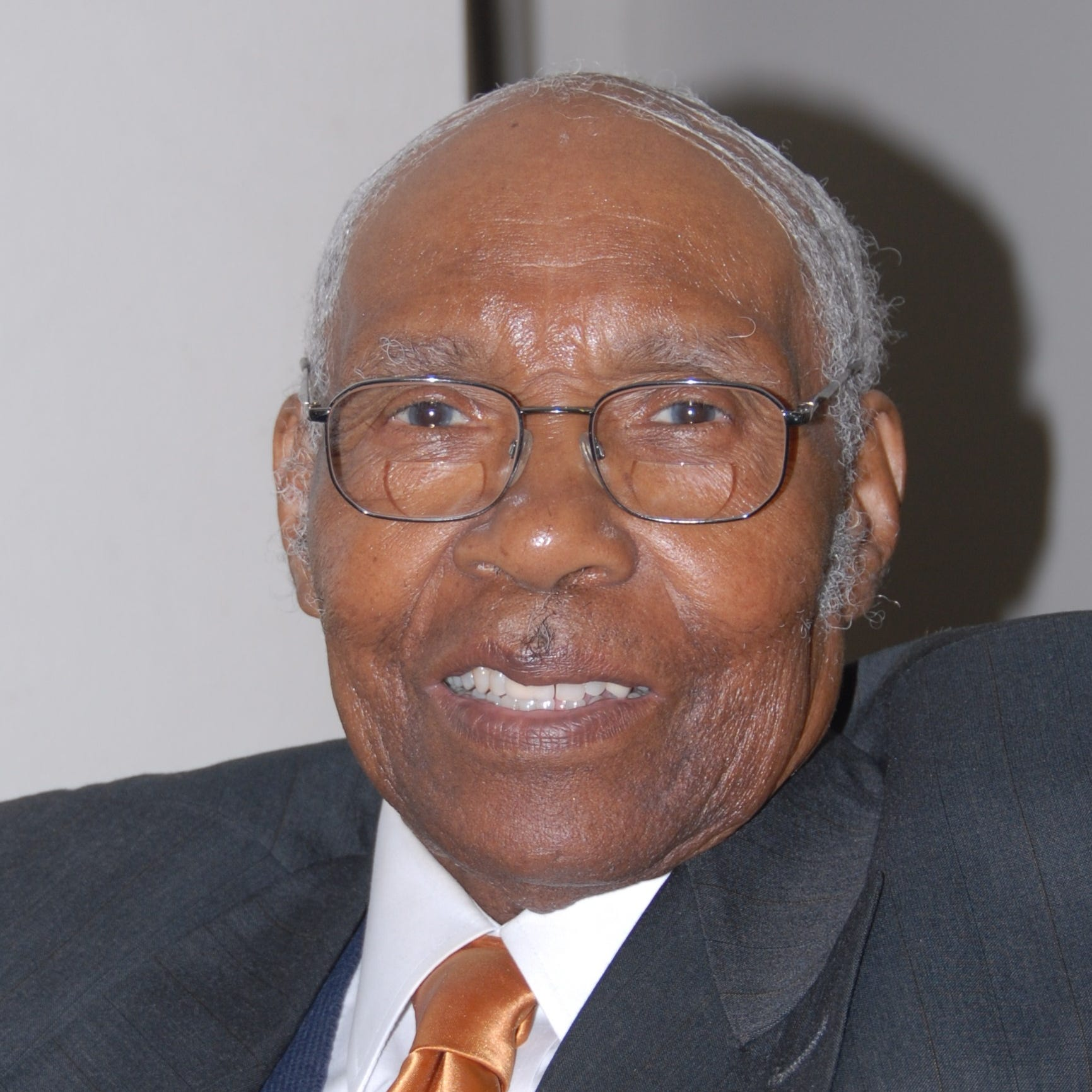 After decades of service, funeral home founder M.J. Edwards Sr. dies at age 92