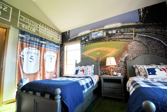 Lincoln and Carter Maziasz got a Brewers bedroom makeover from Special Spaces.