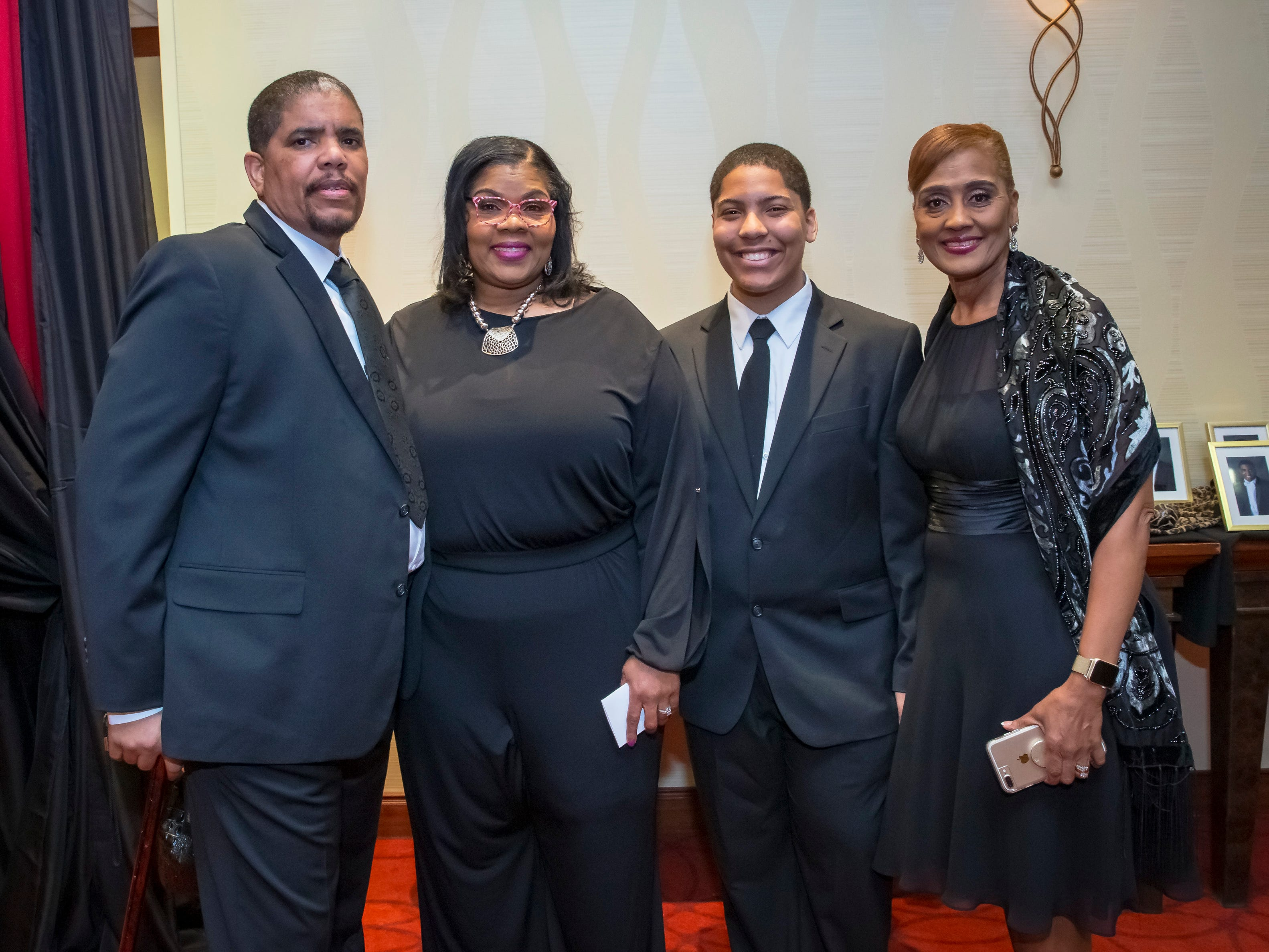 Dwayne Smith, Valarie Smith, Sheldon Smith and Wendy Thomas at the Murfreesboro Alumni Chapter of Kappa Alpha Psi Fraternity Beautillion held at Embassy Suites.